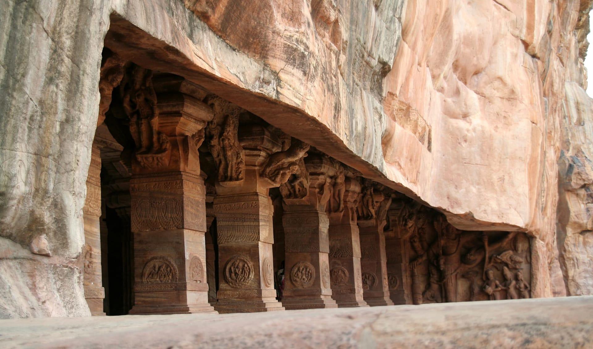 Karnatakas kulturelles Vermächtnis ab Goa: Badami: caves