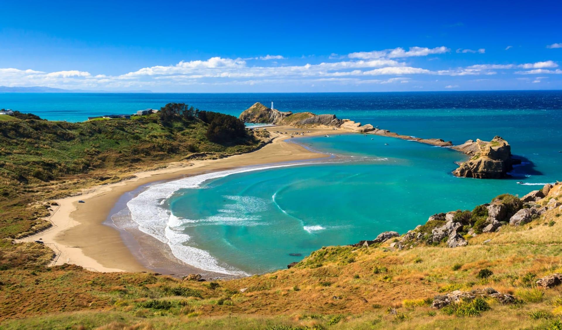 Fjorde, Vulkane und Begegnungen ab Auckland: Bay of Islands - White Lighthouse Location - Shutterstock SkyLynx