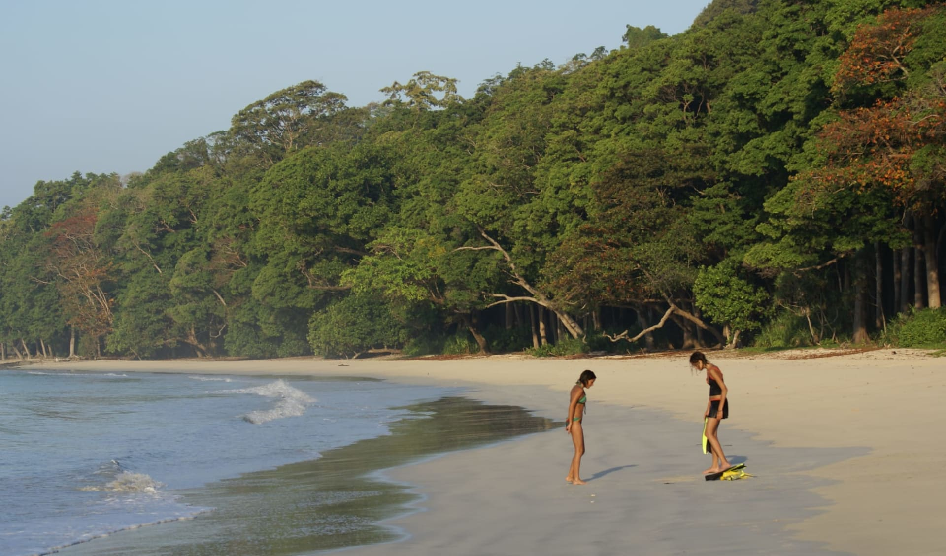 Barefoot at Havelock in Andamanen: Award Winning  Beach No 7