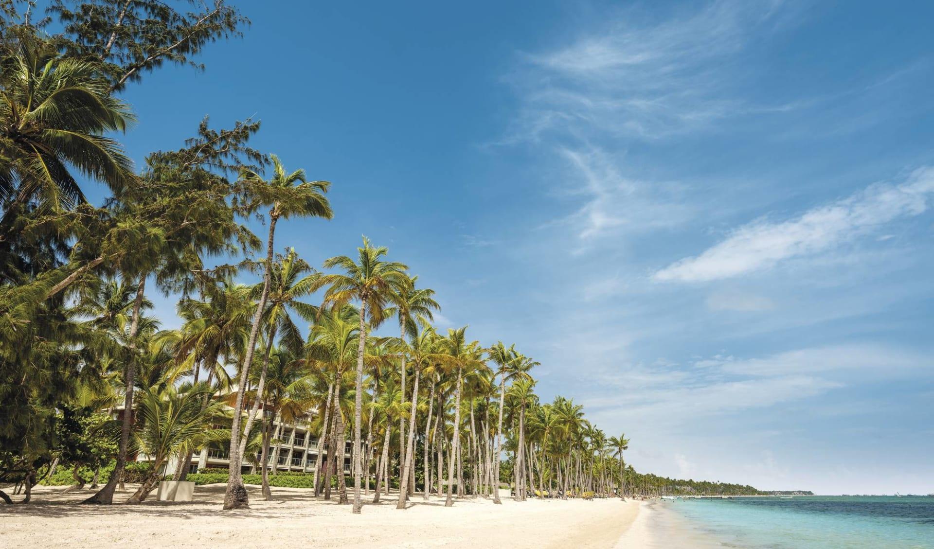 Barceló Bávaro Palace Deluxe in Punta Cana: Beach Bavaro Palace c Barcelo