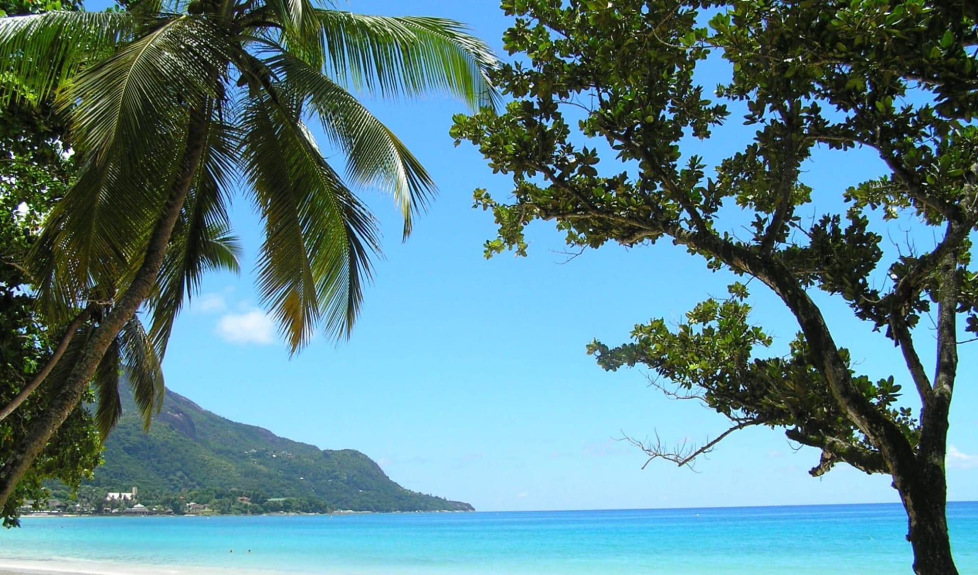Hanneman Holiday Residence in Mahé: Beau Vallon Beach