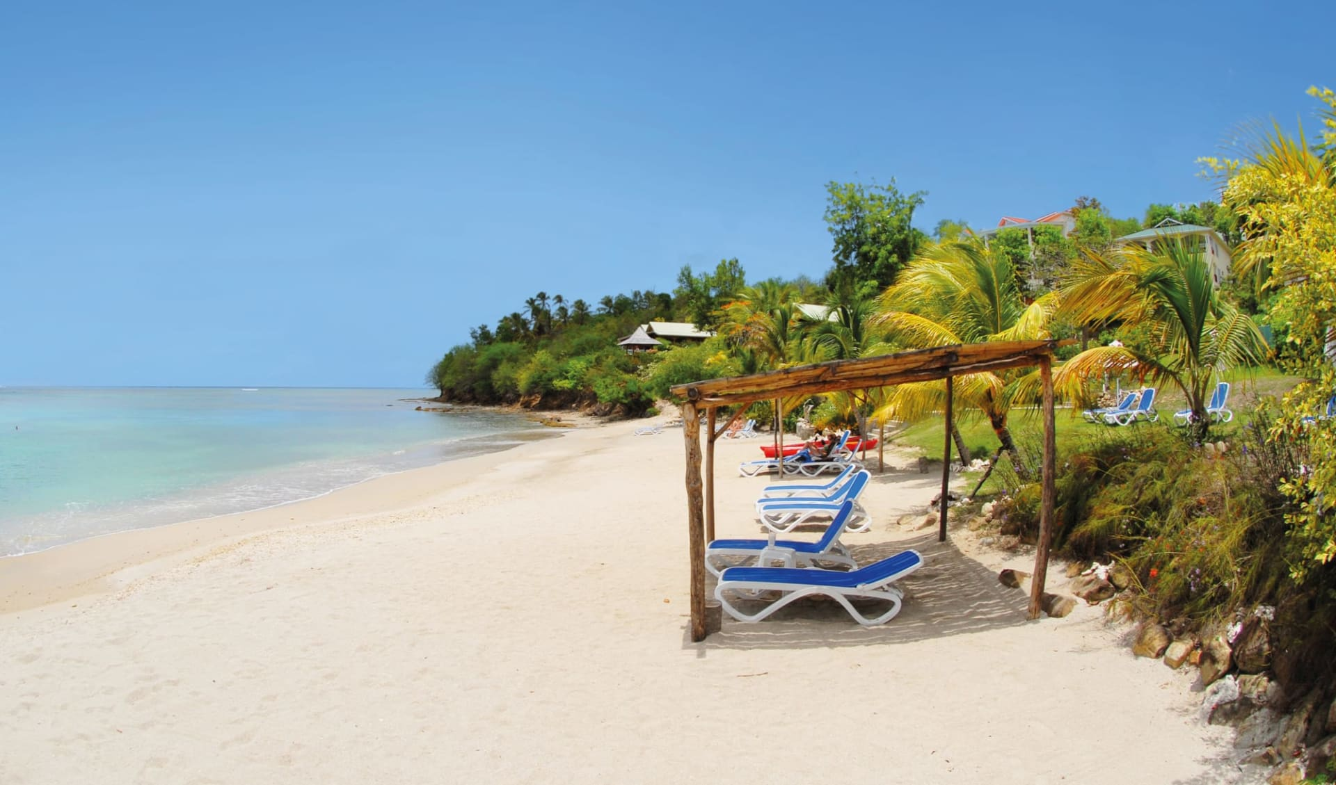 Calabash Cove Resort and Spa in Marisule:   Calabash Cove St. Lucia - Strand cHotel