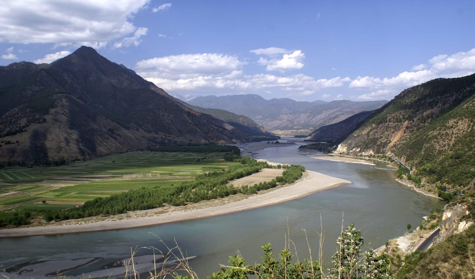 Spektakuläres Yunnan & Tibet ab Kunming: Bend of Yangtze River in Shigu 002