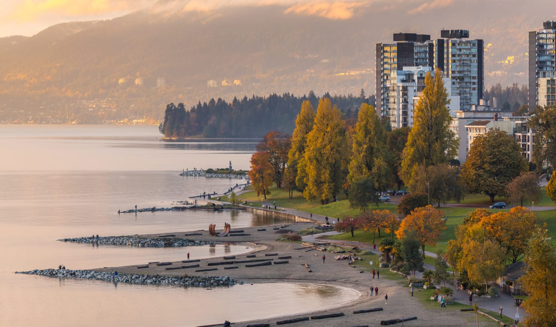 Westkanada Classic 18 Tage ab Vancouver: Vancouver - West End Sunset Beach