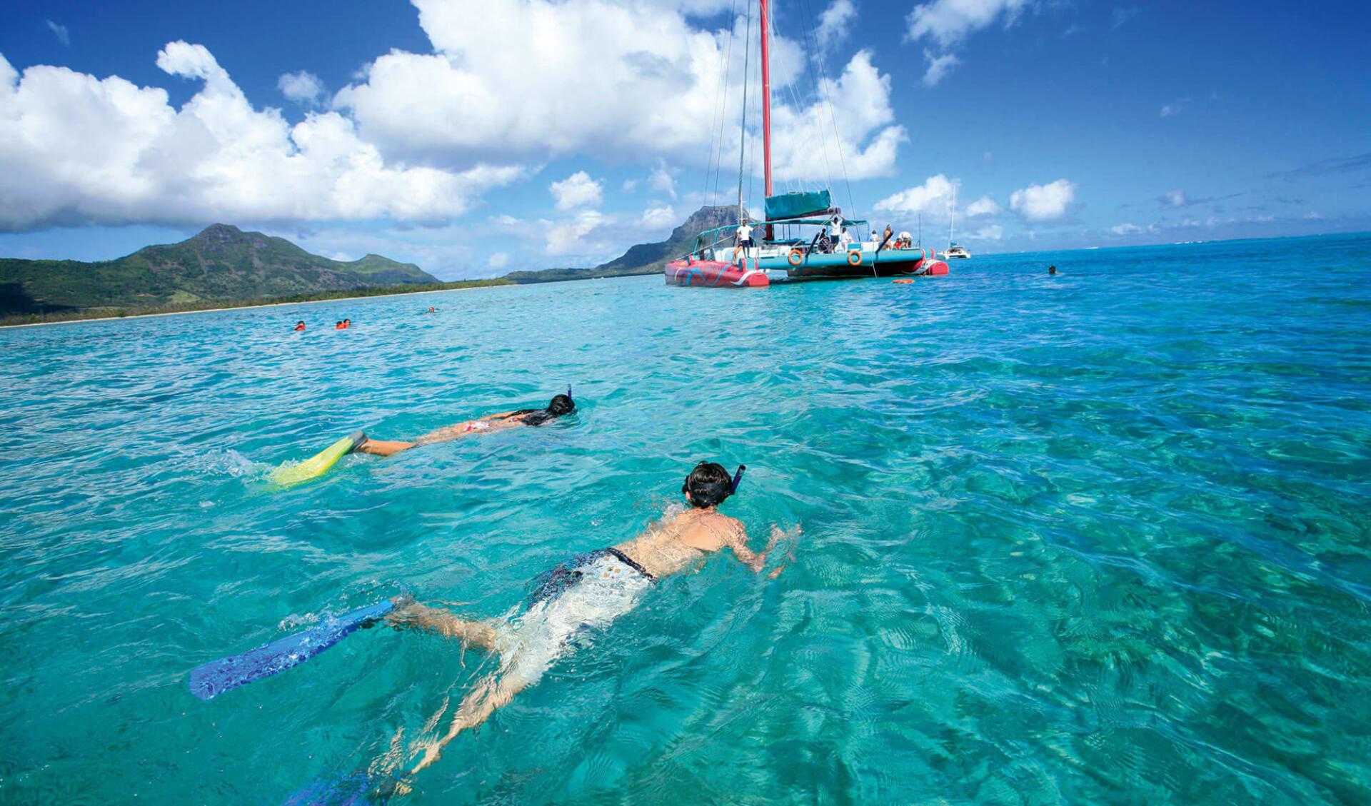 Charmantes Mauritius & Rodrigues ab Port Sud-Est: Catamaran Harris Wilson
