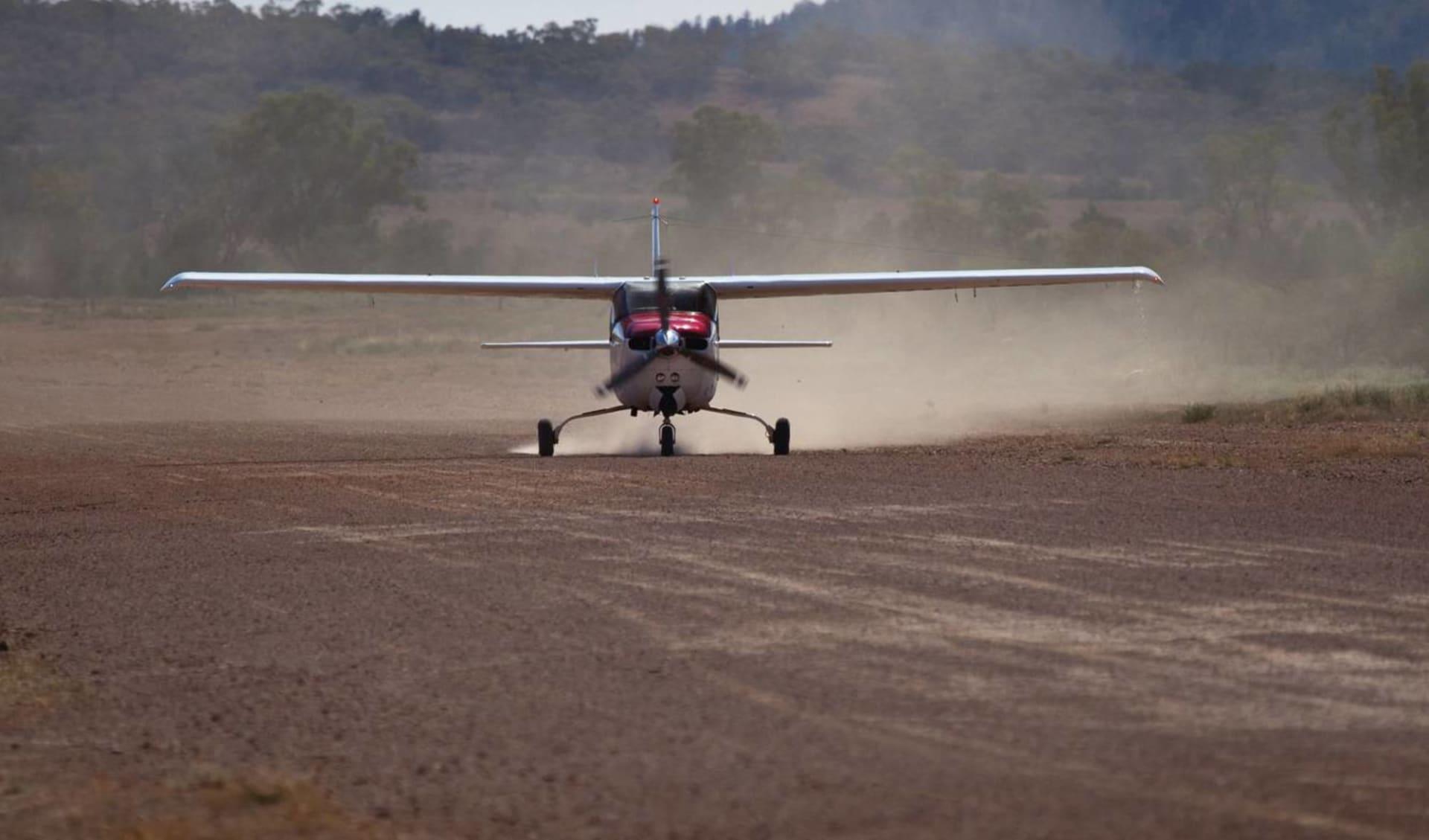 Outback und Kangaroo Island ab Adelaide: Chinta Air