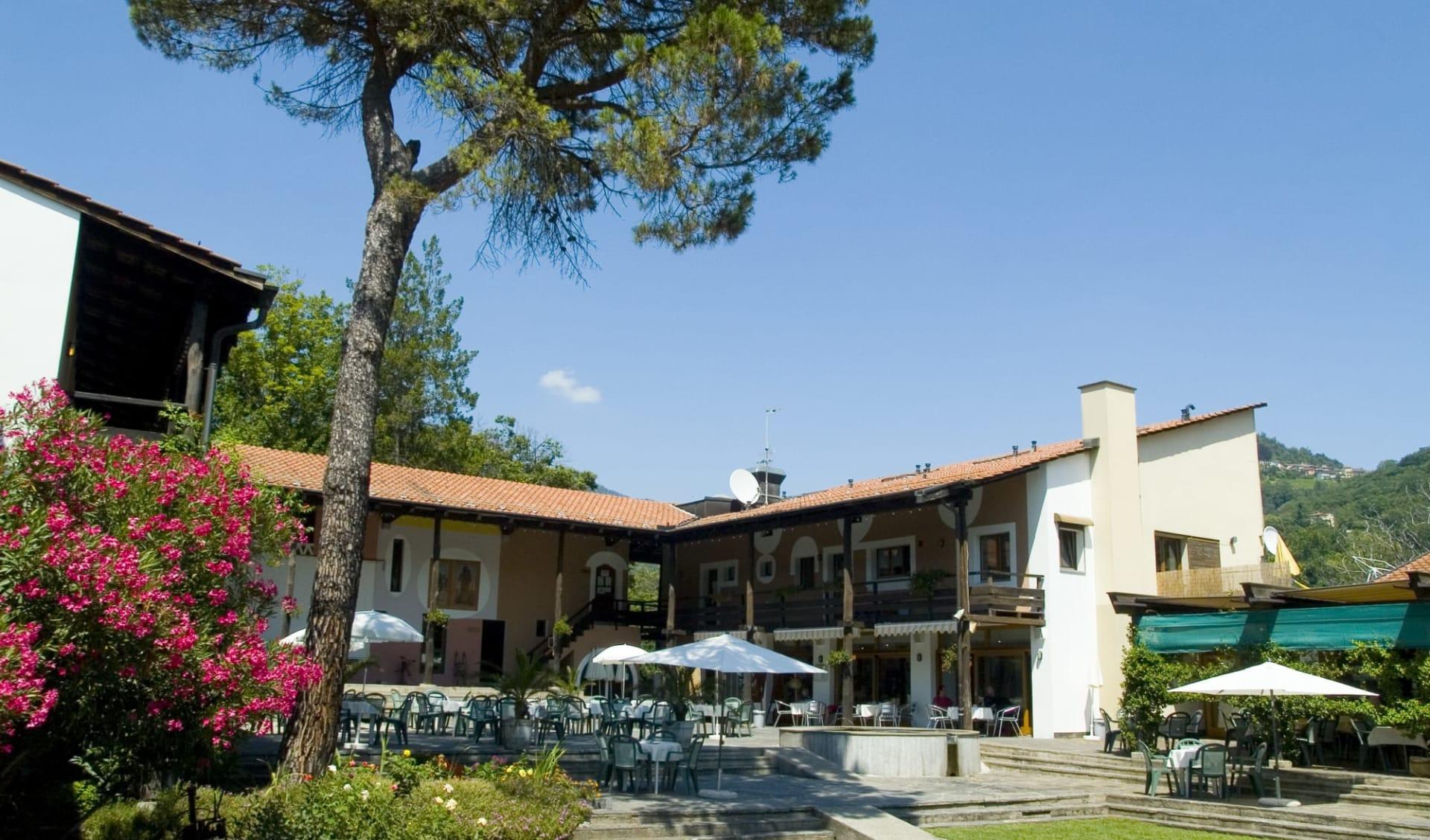 Sessa - Hotel i Grappoli: Eingang i Grappoli
