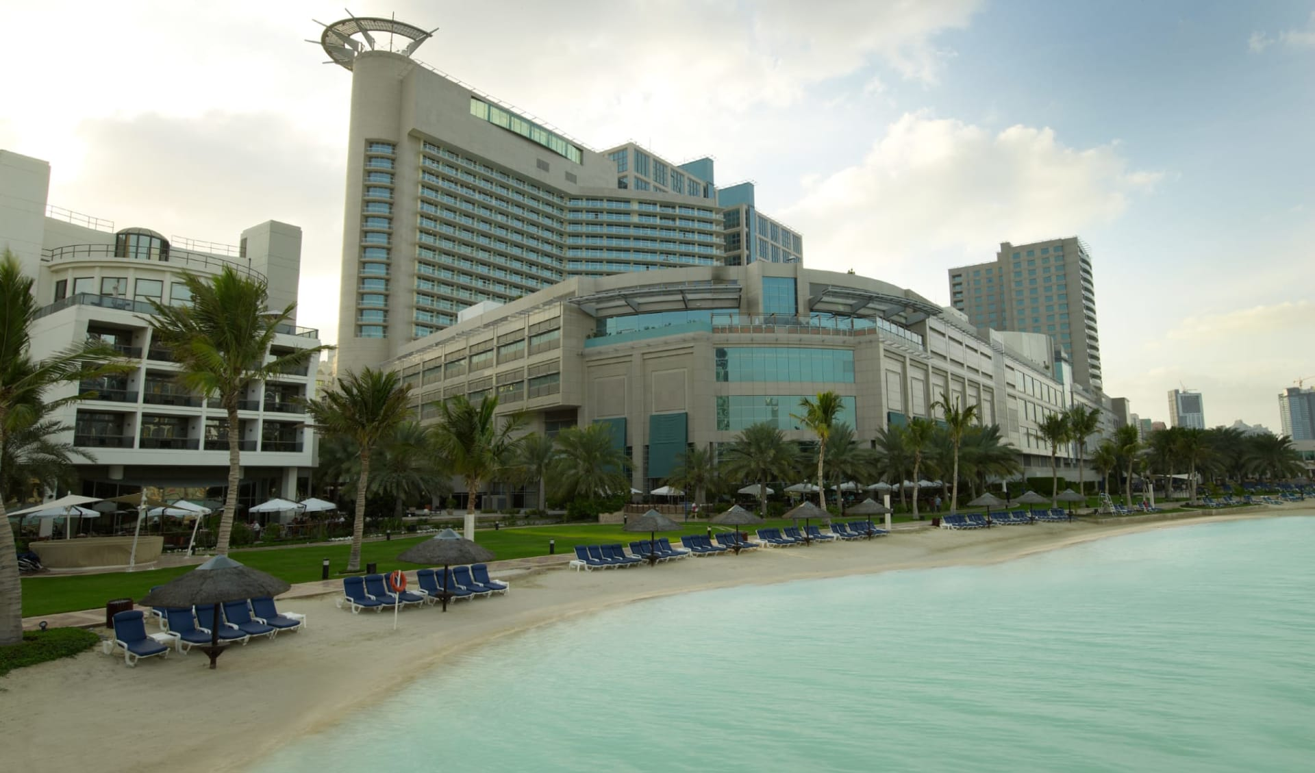 Beach Rotana Hotel & Towers in Abu Dhabi: