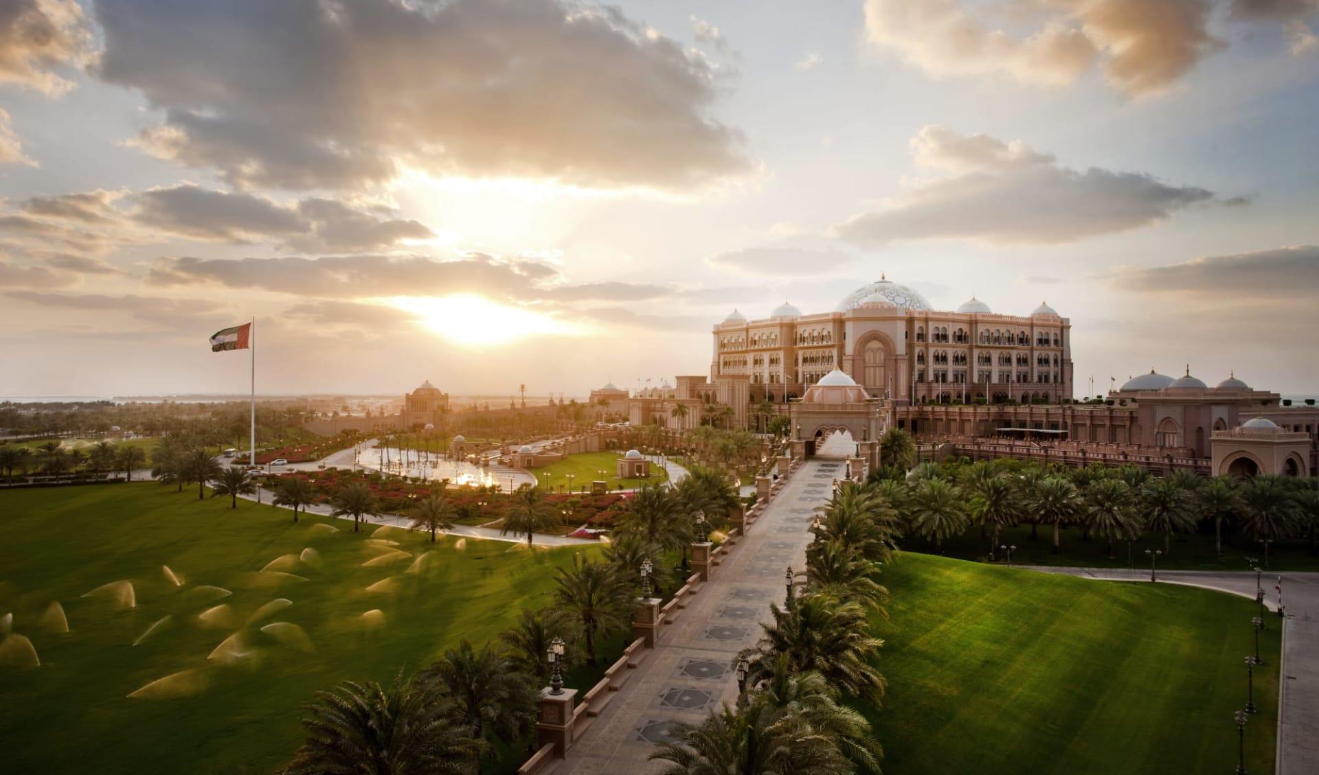 Emirates Palace in Abu Dhabi: