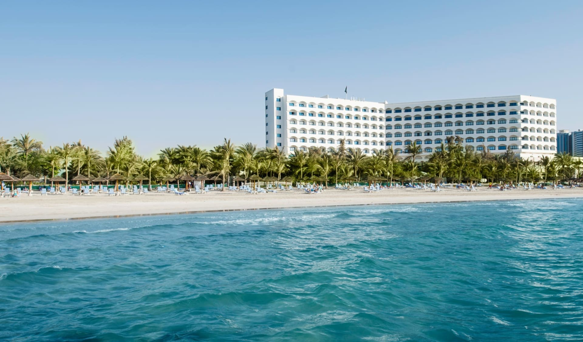 Ajman Hotel: