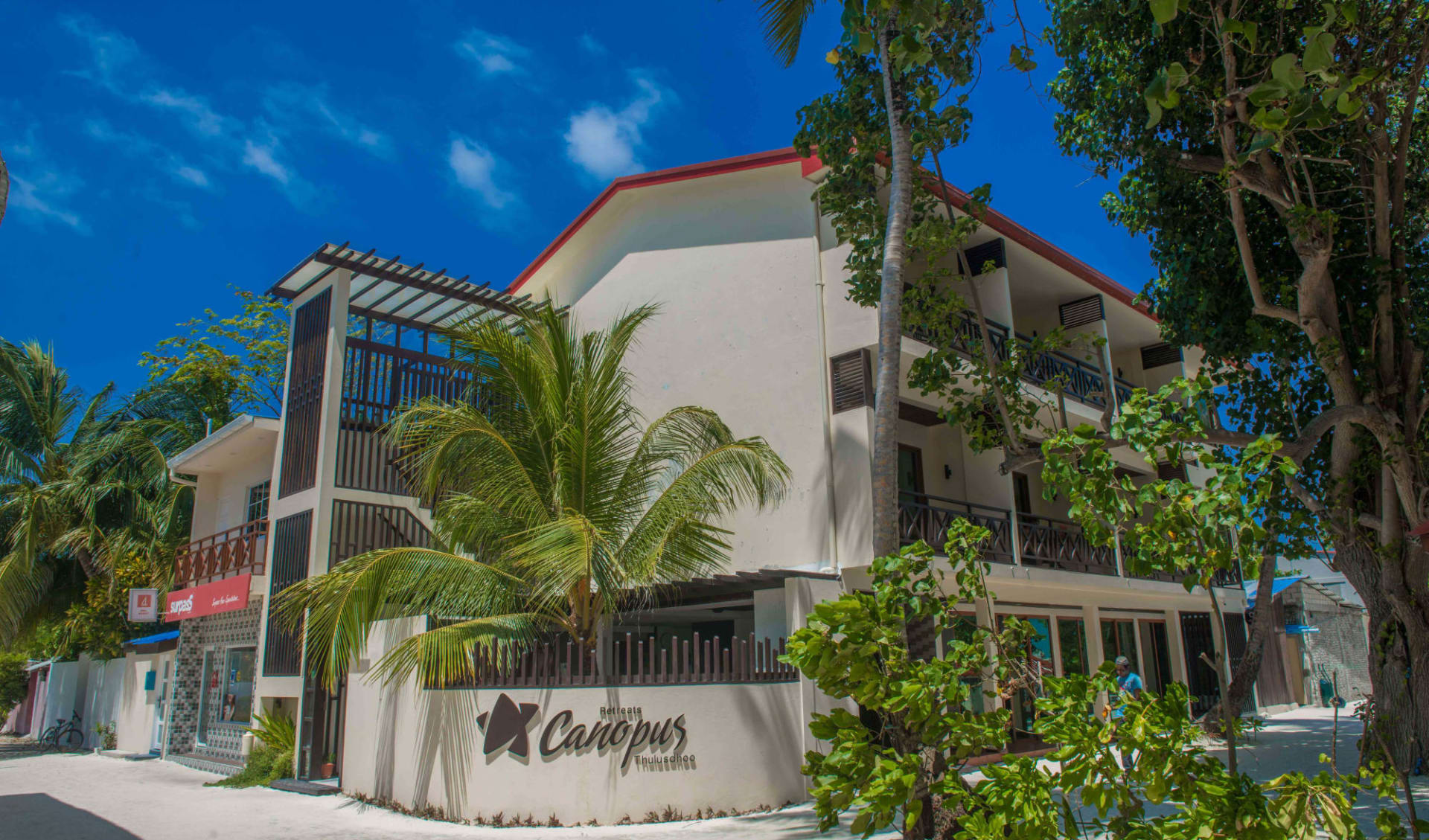 Canopus Retreat in Thulusdhoo: