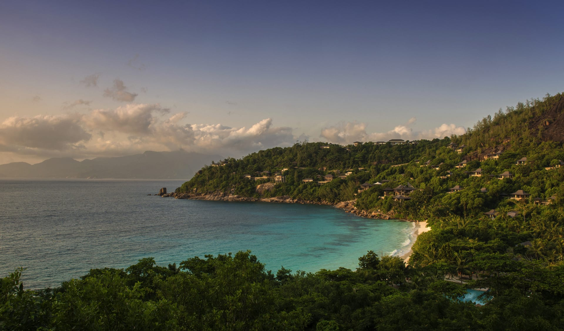 Four Seasons Resort Seychelles in Mahé: