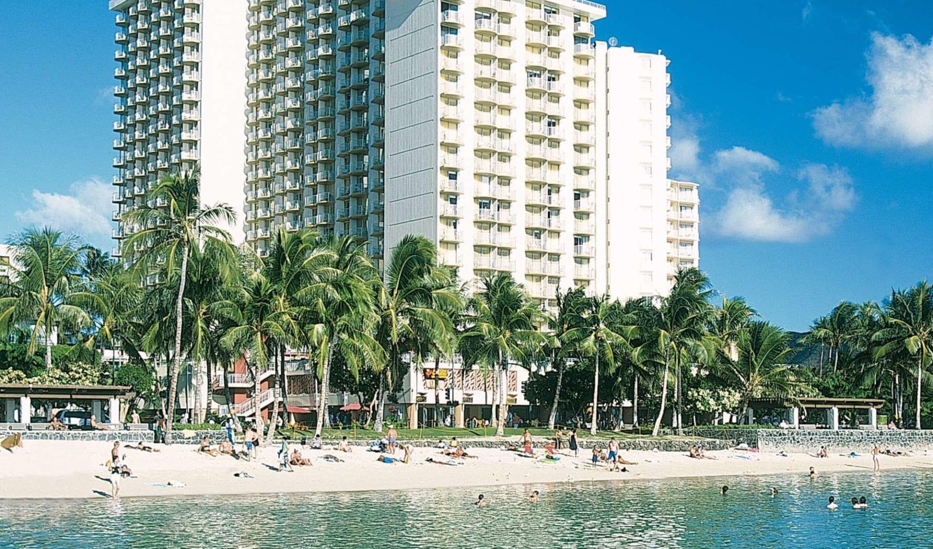 Aston Waikiki Beach Hotel in Honolulu - Oahu:  Aston Waikiki Beach Hotel2_Aussenansicht