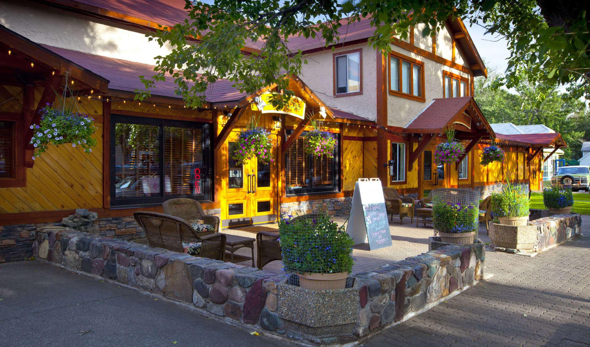 Bayshore Inn Resort & Spa in Waterton Lakes Nationalpark: exterior_Bayshore Inn Resort & Spa