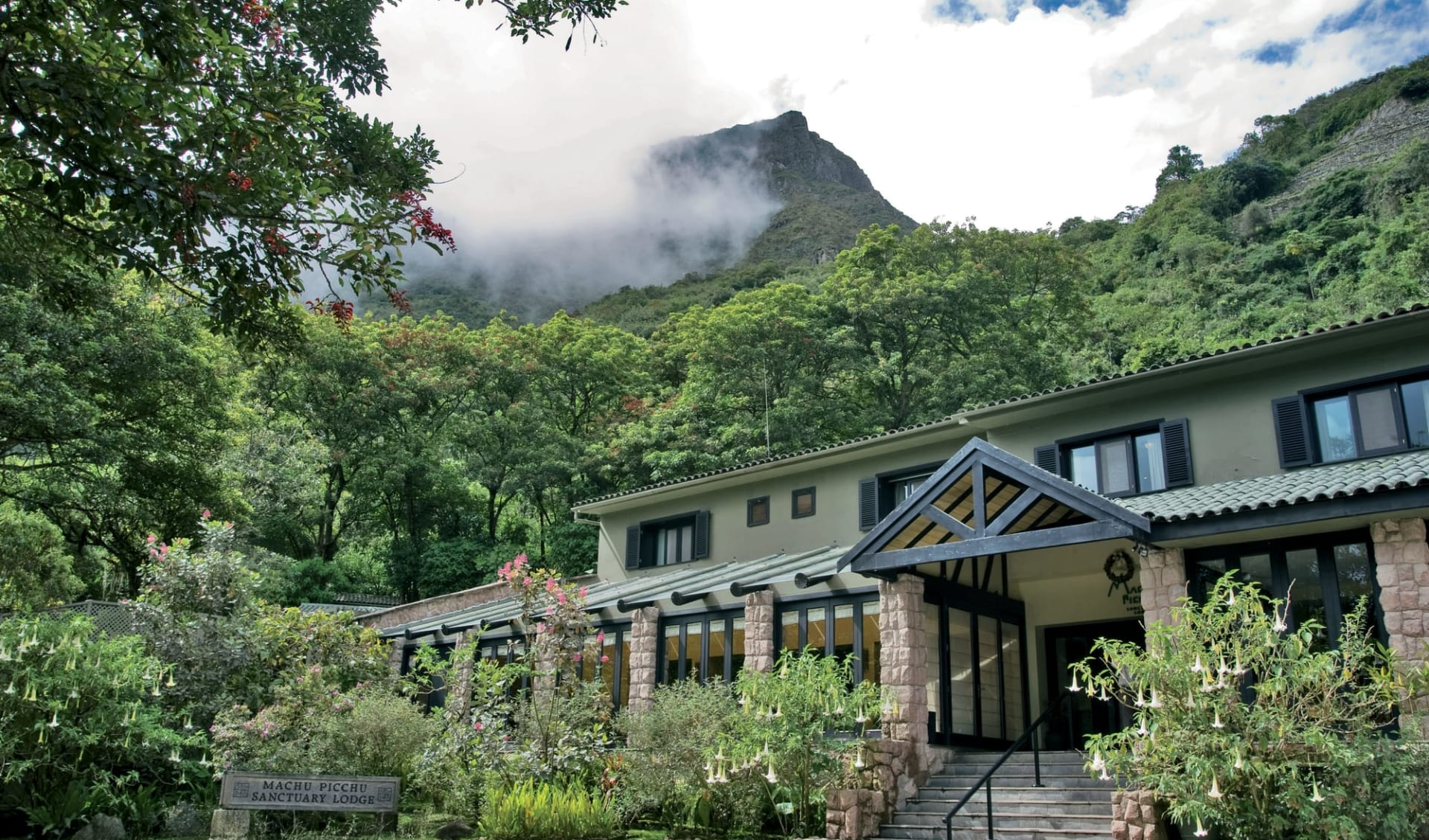 Belmond Sanctuary Lodge in Machu Picchu:  Belmond Sanctuary Lodge - Hotel front c Belmondimages