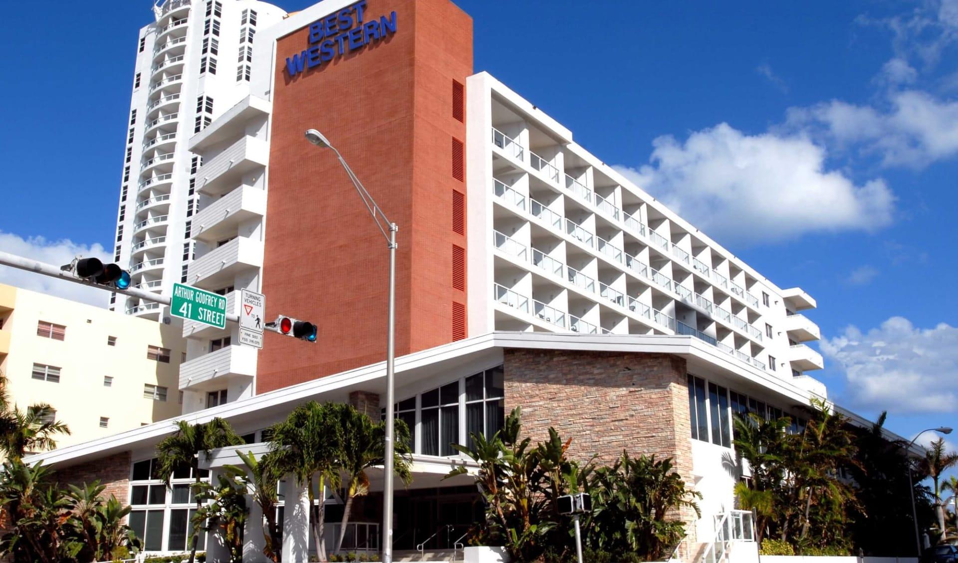 Best Western Plus Atlantic Beach Resort in Miami Beach:  Best Western Atlantic Beach - Hotel from the outside