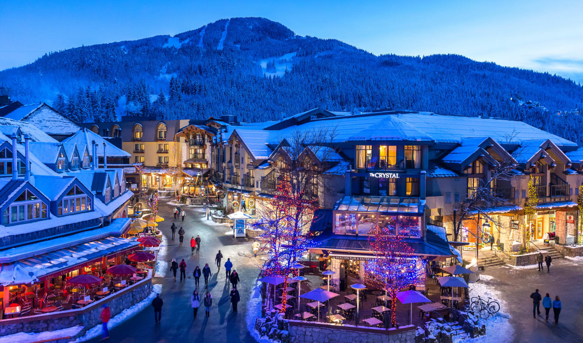 Crystal Lodge in Whistler:  Crystal Lodge & Suites_Winter