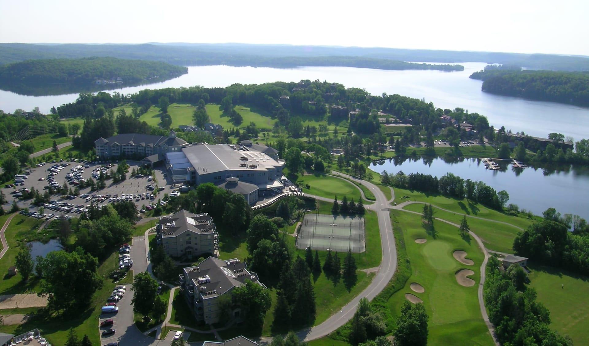 Deerhurst Resort in Huntsville: exterior_Deerhurst Resort_AerialResortView