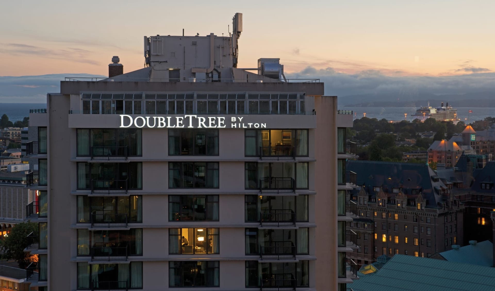 Doubletree by Hilton in Victoria: exterior_Doubletree by Hilton_FrontView