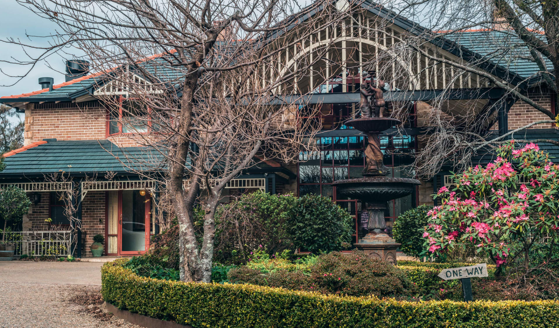 Echoes Boutique Hotel in Blue Mountains:  Echoes Boutique Hotel - Blick auf Haupteingang