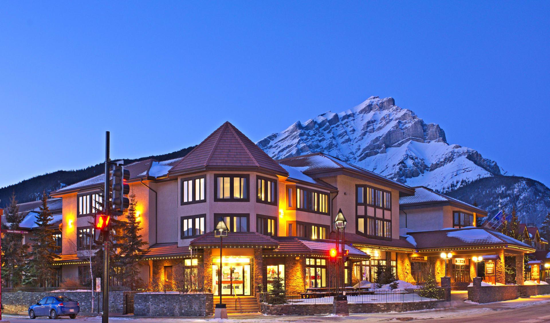 Elk & Avenue Hotel in Banff: Aussenansicht