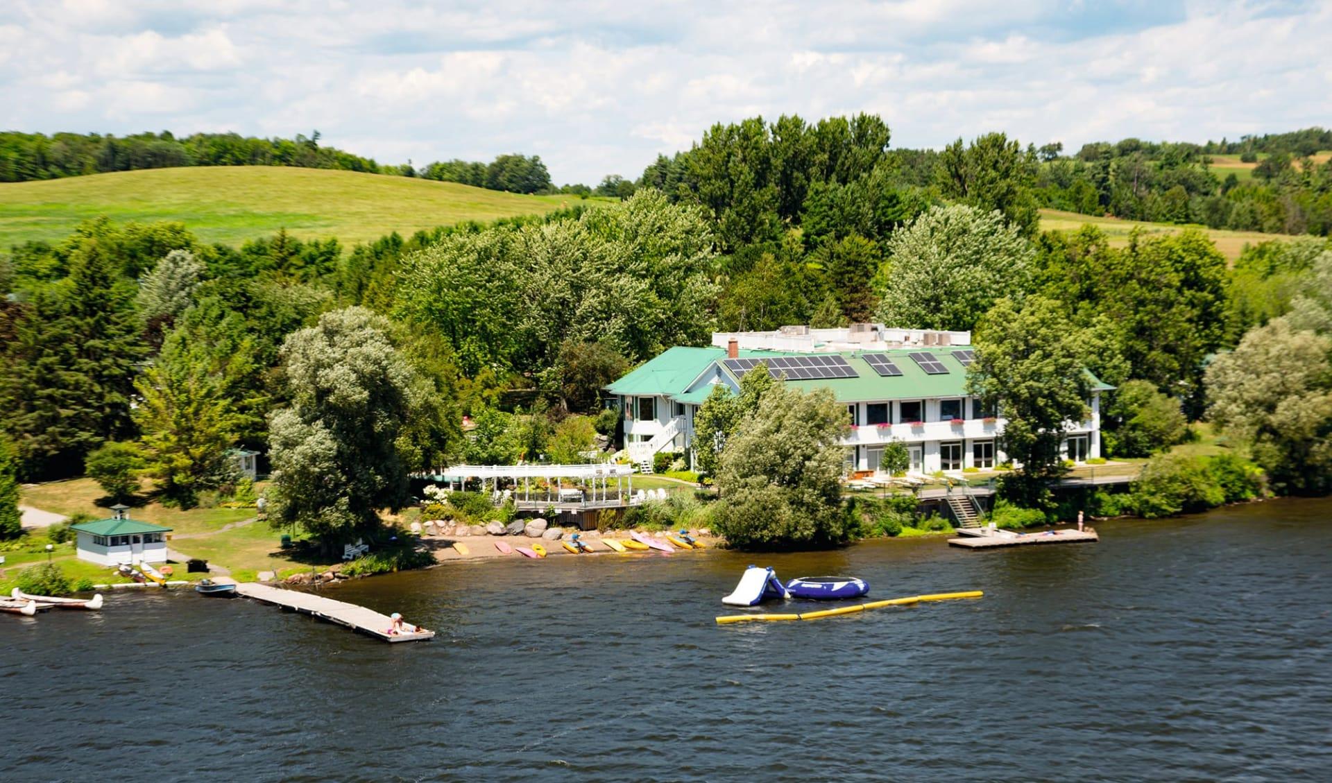 Elmhirst's Resort in Keene: Exterior_Elmhirst Resort, Keene (ON)_Aussenansicht