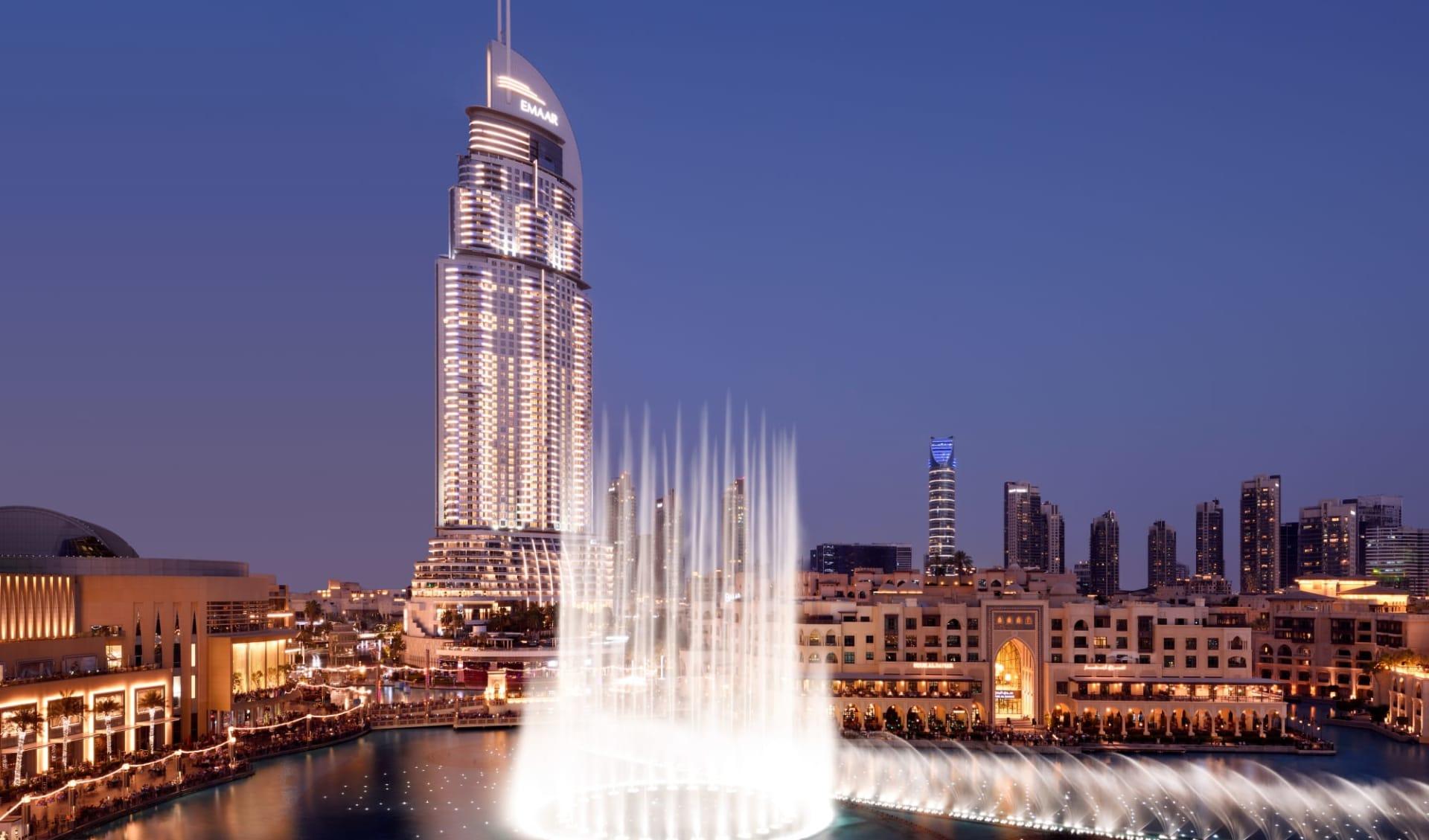 Address Downtown in Dubai:  Fountain