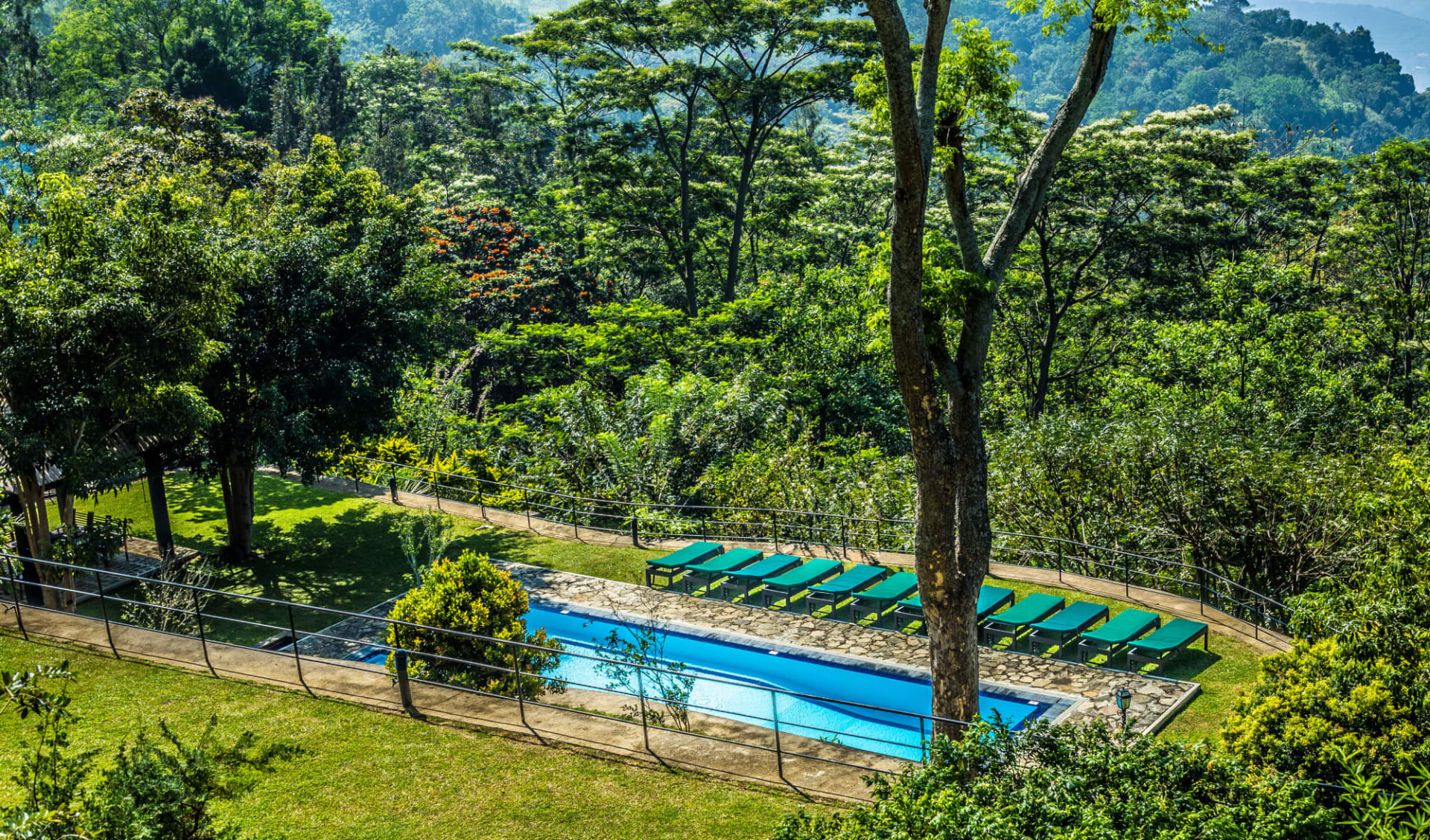 Melheim Resort in Ella, Haputale, Koslanda: Garden with Pool