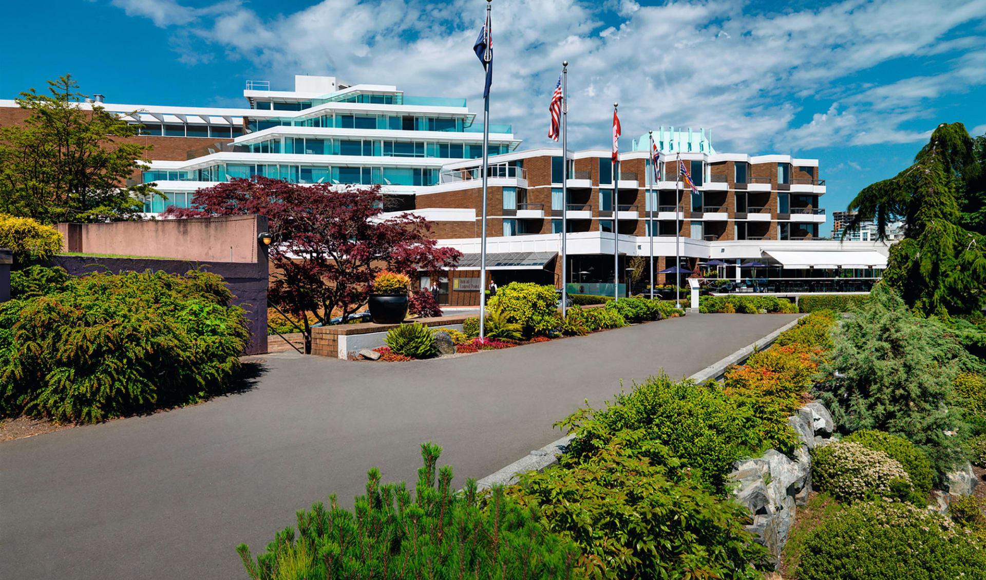 Inn at Laurel Point in Victoria: Exterior_Inn at Laurel Point_Aussenansicht 2_Jonview