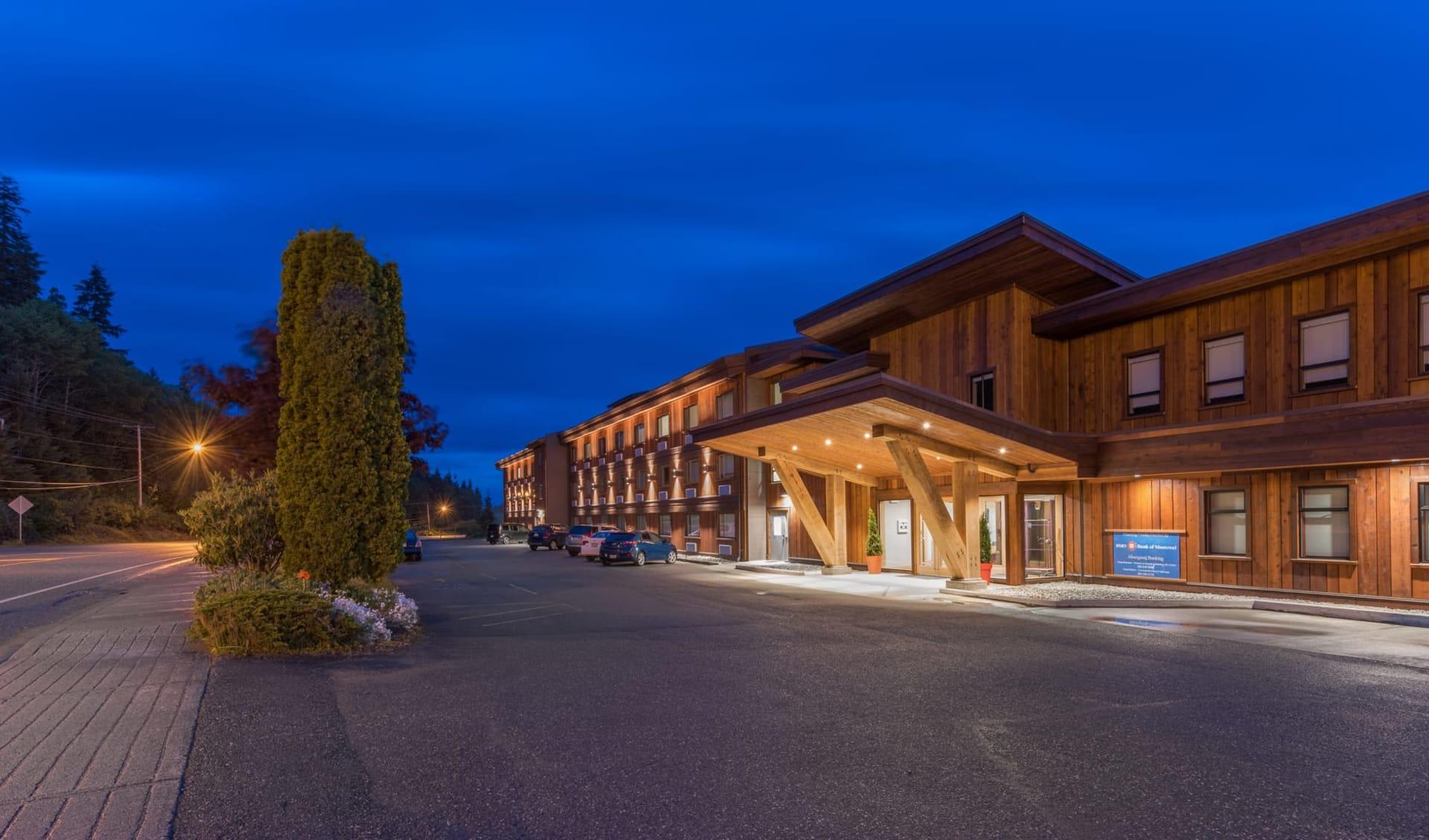 Kwa'Lilas Hotel in Port Hardy: Exterior_Kwa'Lilas Hotel_Aussenansicht_Jonview