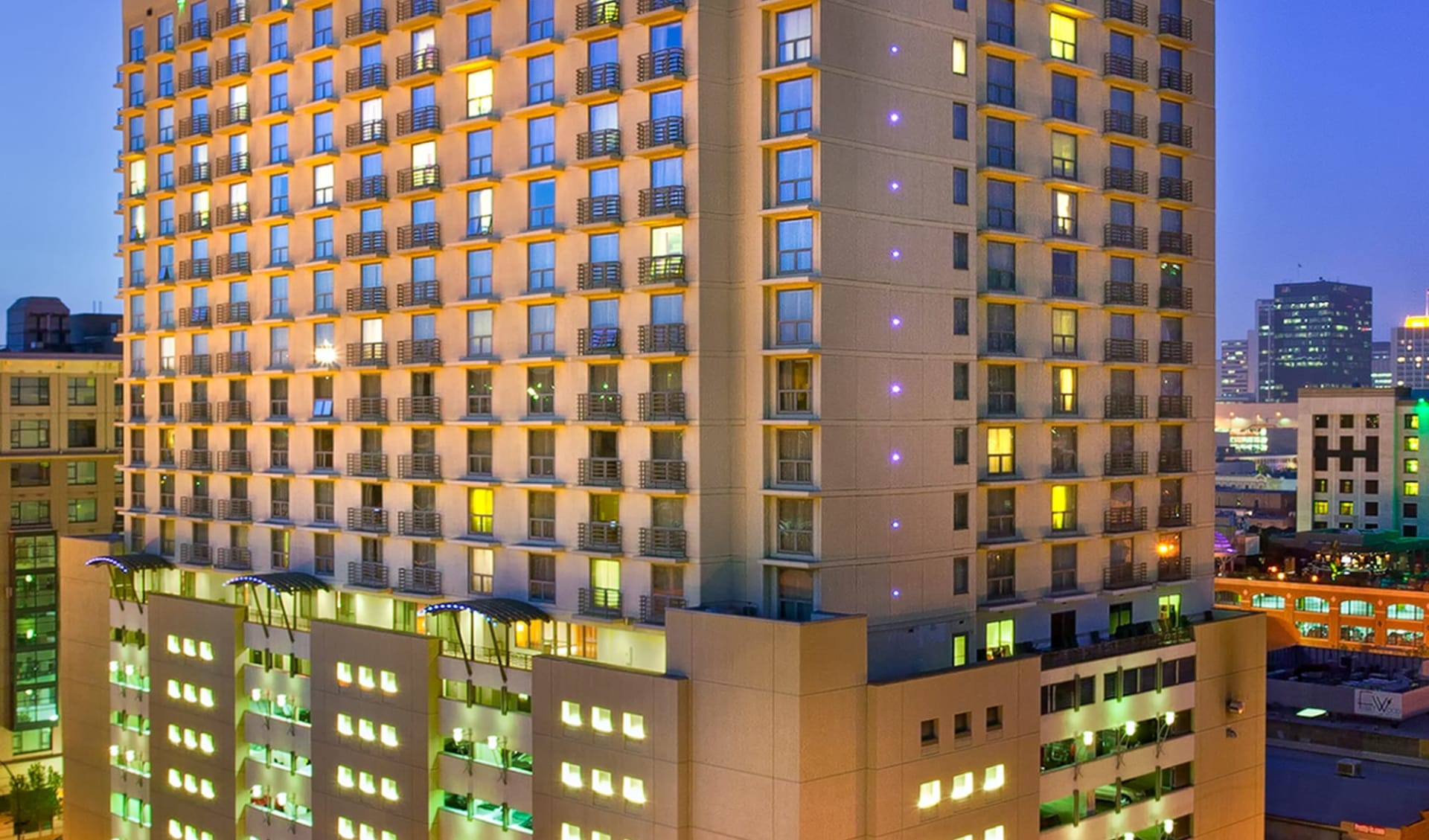 Marriott San Diego Gaslamp Quarter:  Marriott San Diego Gaslamp Quarter - Aussenansicht