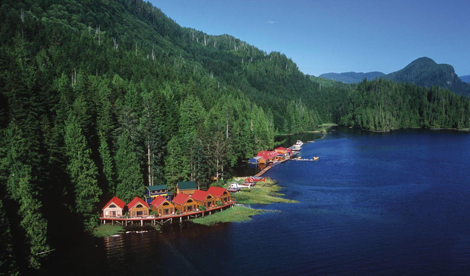 Nimmo Bay Resort in Port McNeill: _Nimmo Bay Wilderness Resort - Waterfront Cabins