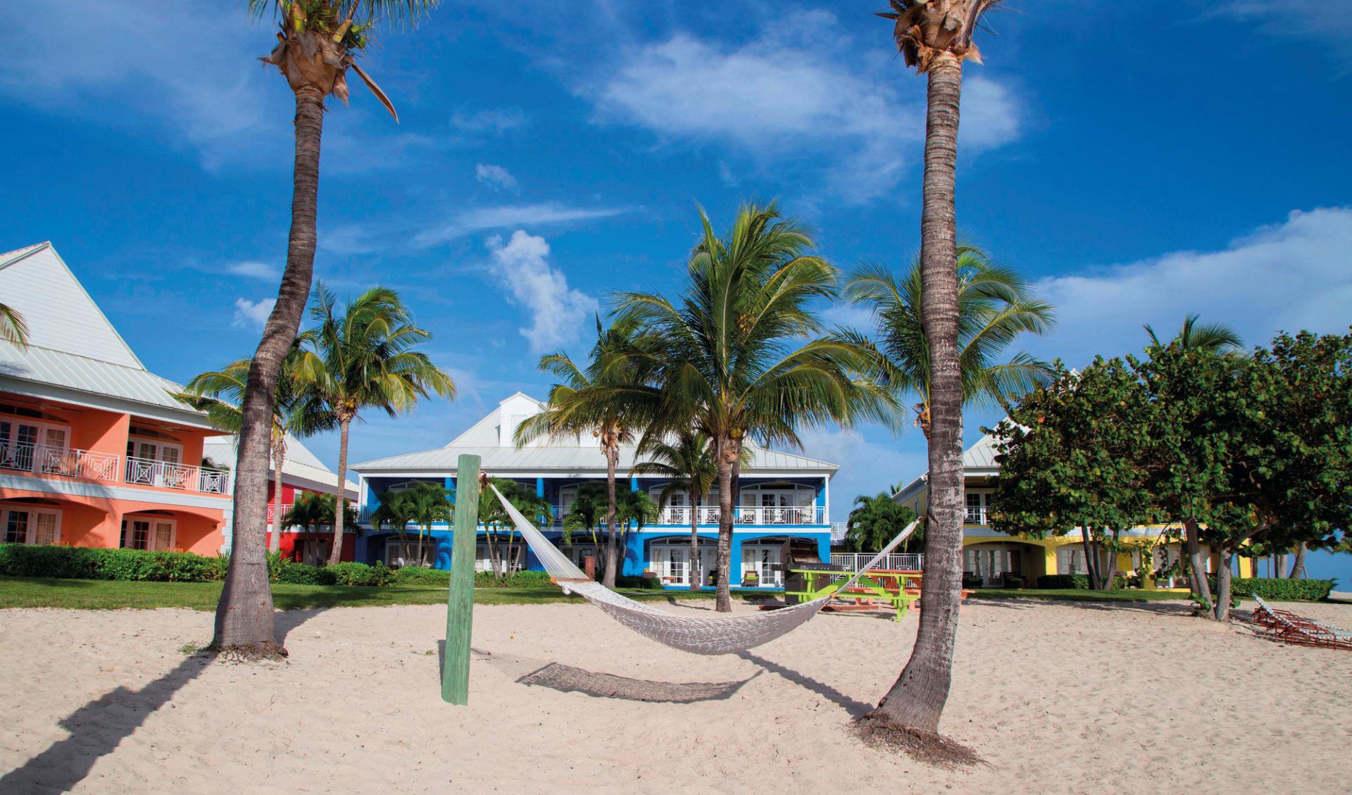 Old Bahama Bay in West End:  Old Bahama Bay - Buildings cMajestic