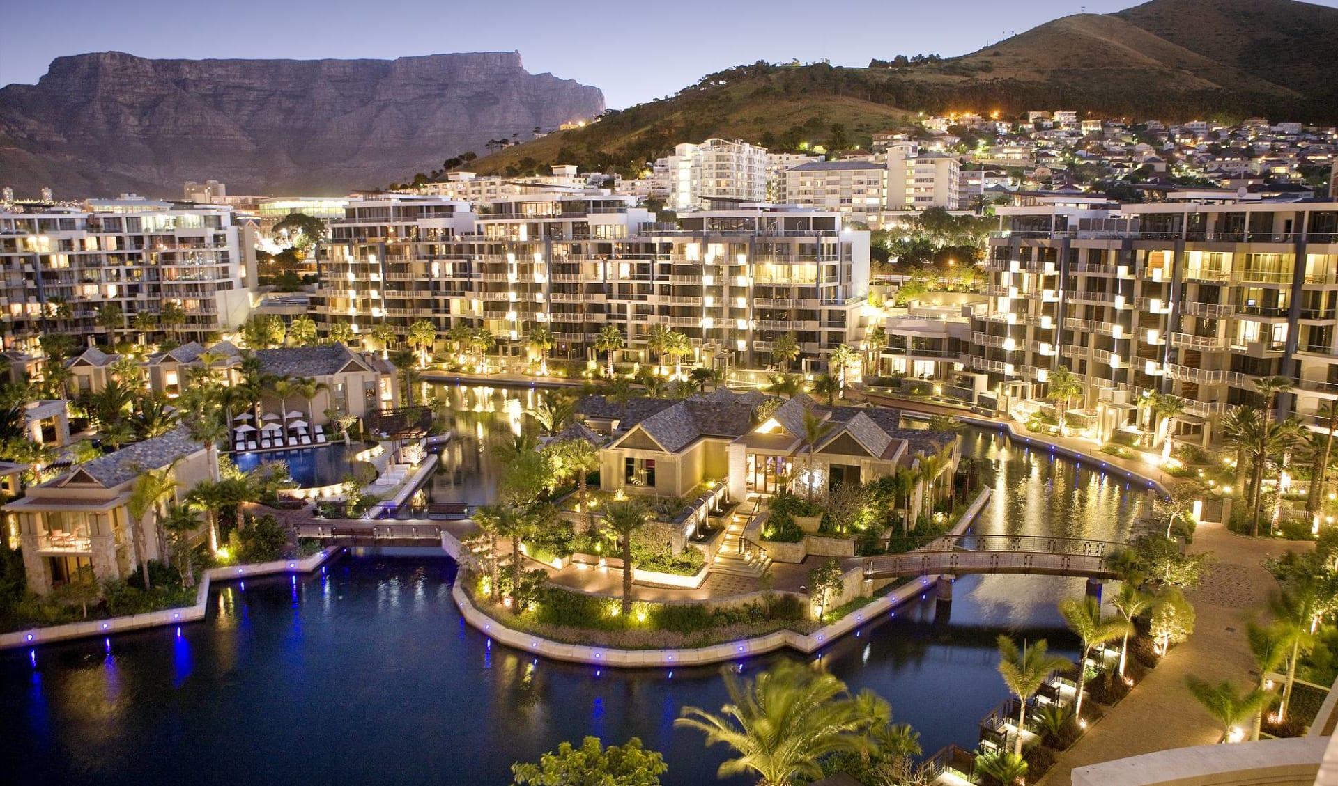 One & Only Cape Town in Kapstadt: One & Only Cape Town - Vogelperspektive über Hotelanlage