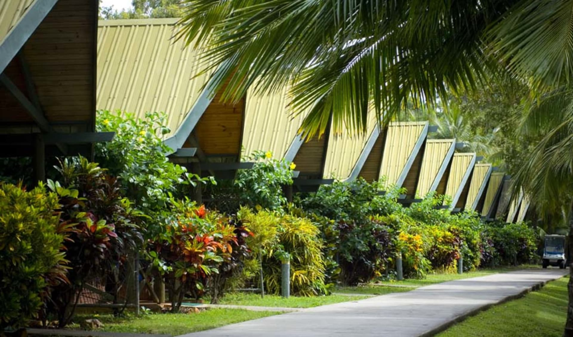 Palm Bungalows in Hamilton Island:  Palm Bungalows Exterior