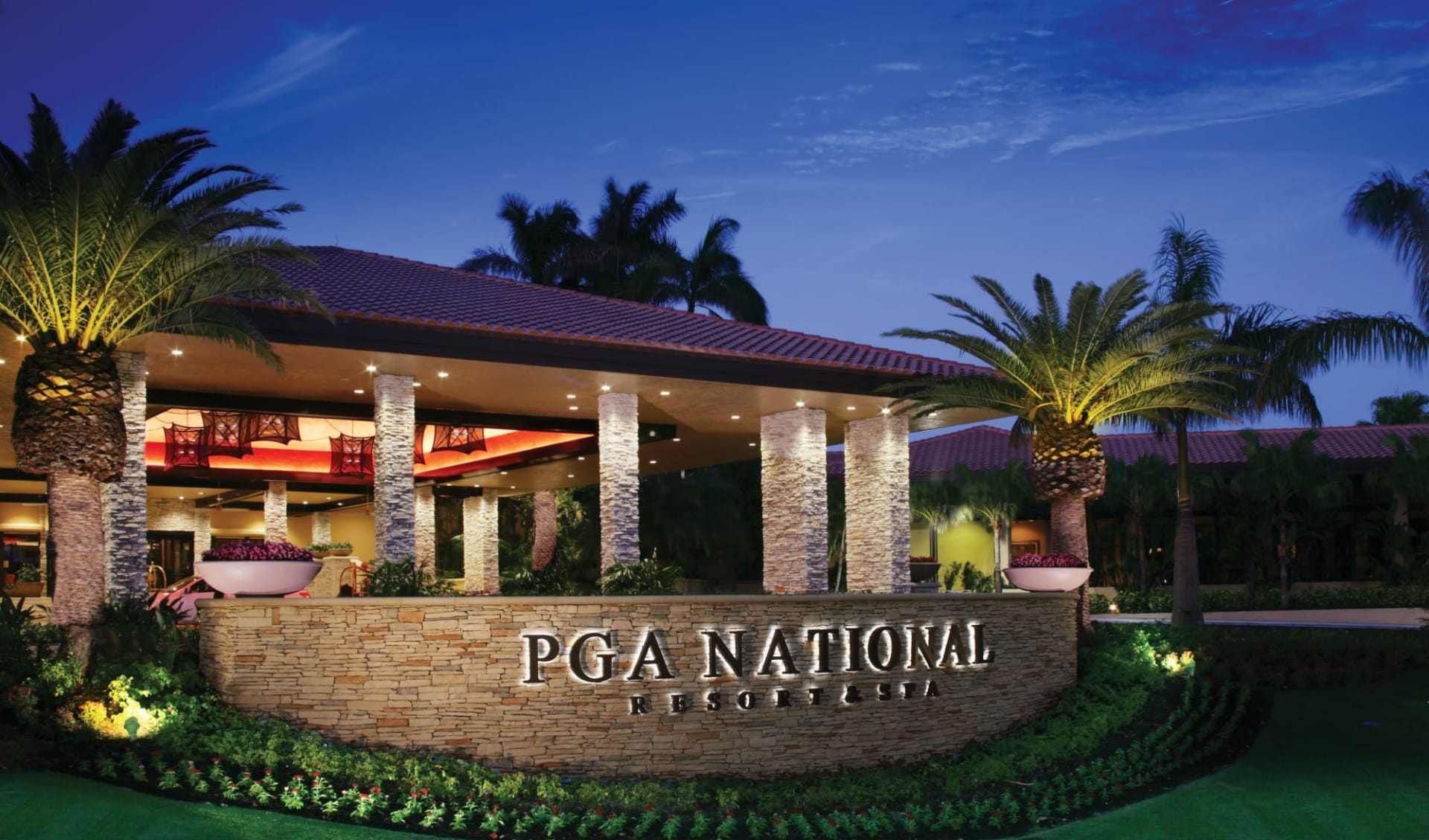PGA National Resort in Palm Beach: PGA National Resort - Aussenansicht