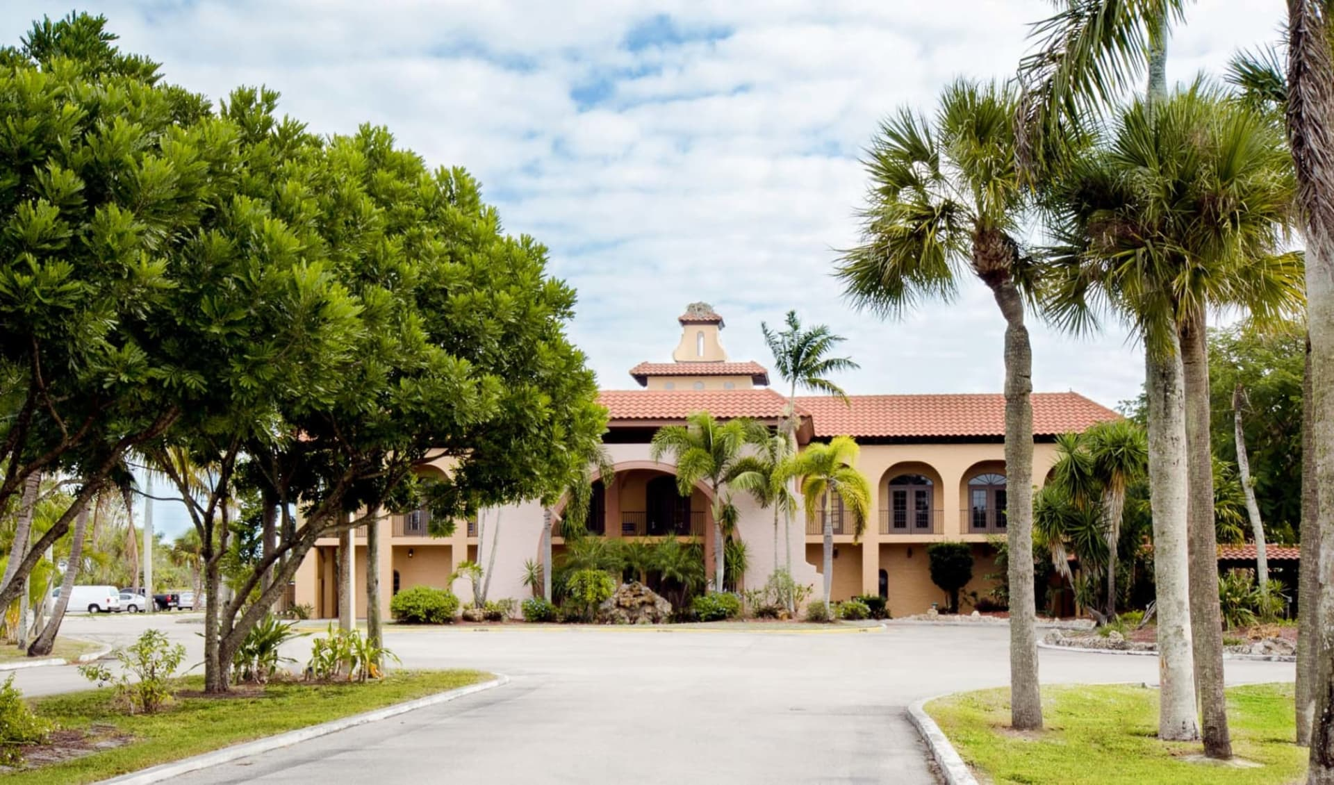 Port of The Islands Resort in Everglades:  Port of the Islands - Entrance