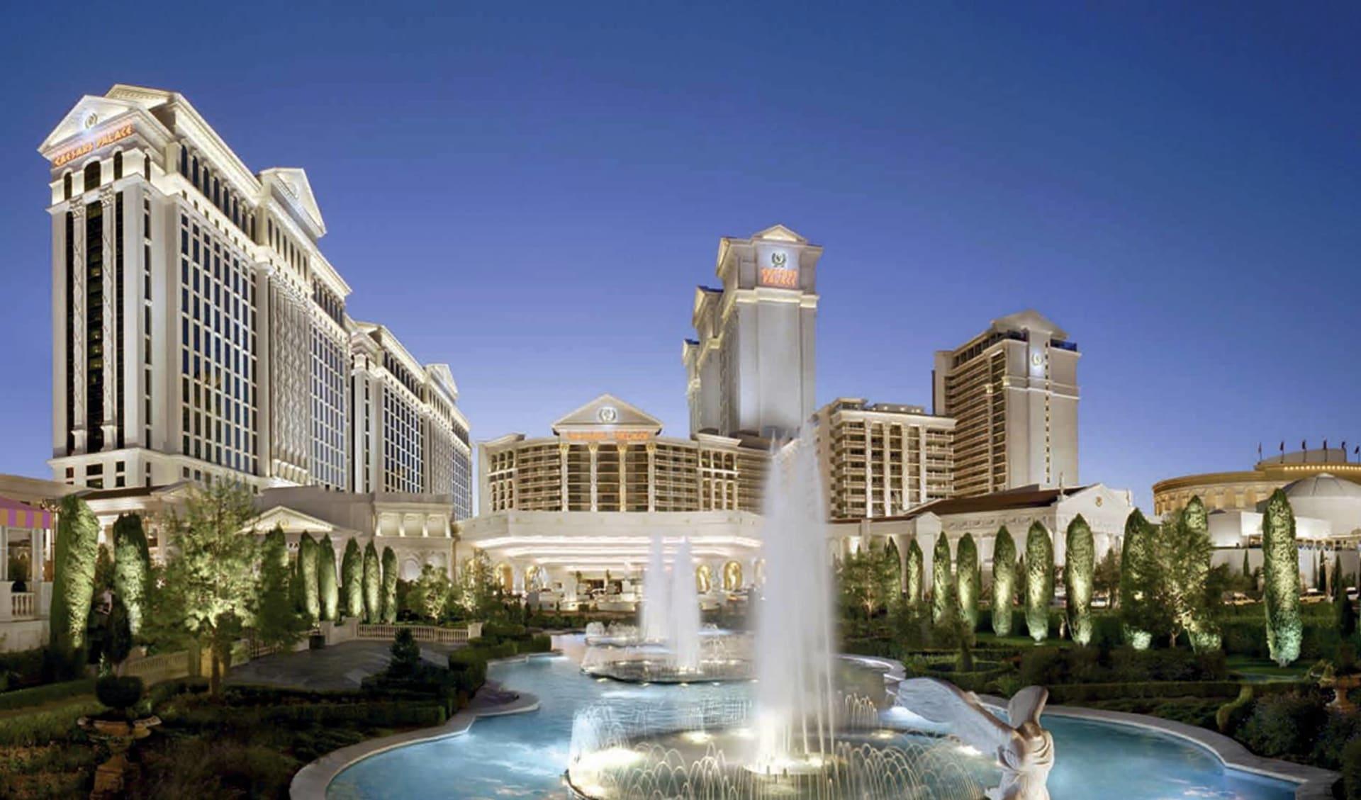 Caesars Palace in Las Vegas: exterior premium mietwagenrundreise california dreamin deluxe caesars palace hotelansicht