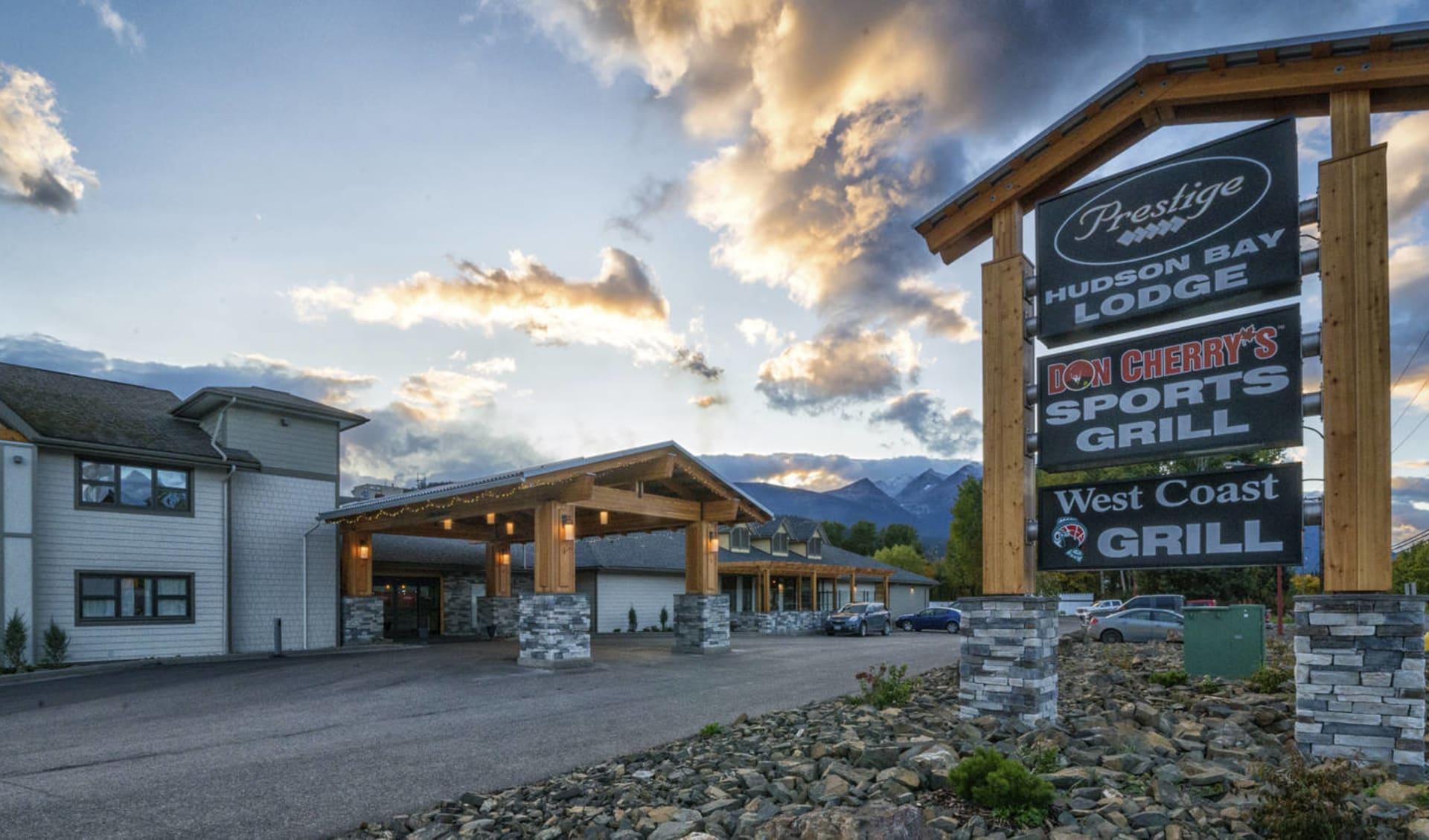 Prestige Hudson Bay Lodge in Smithers: Aussenansicht