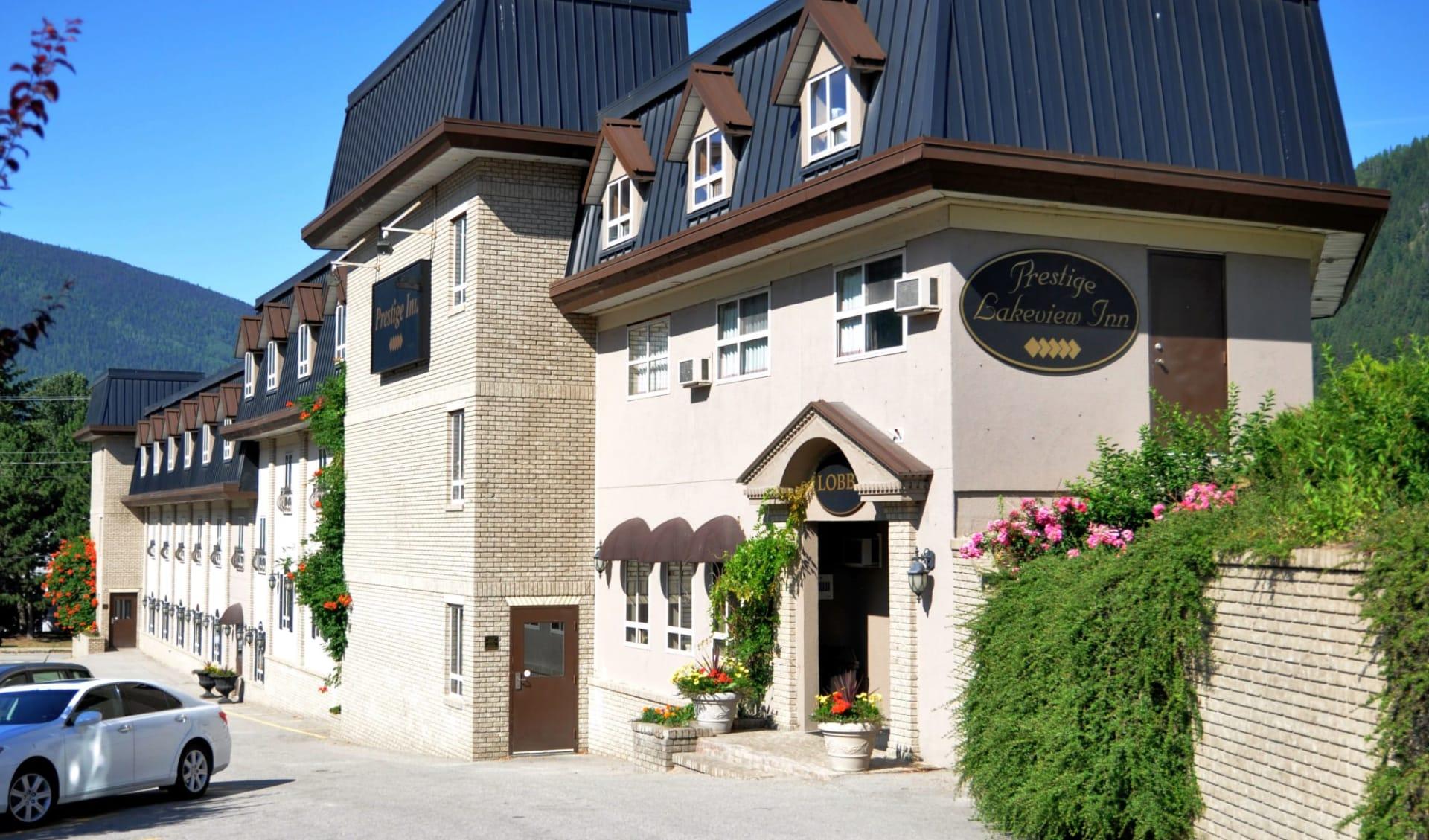 Prestige Inn Nelson:  Prestige Inn Nelson_Summer
