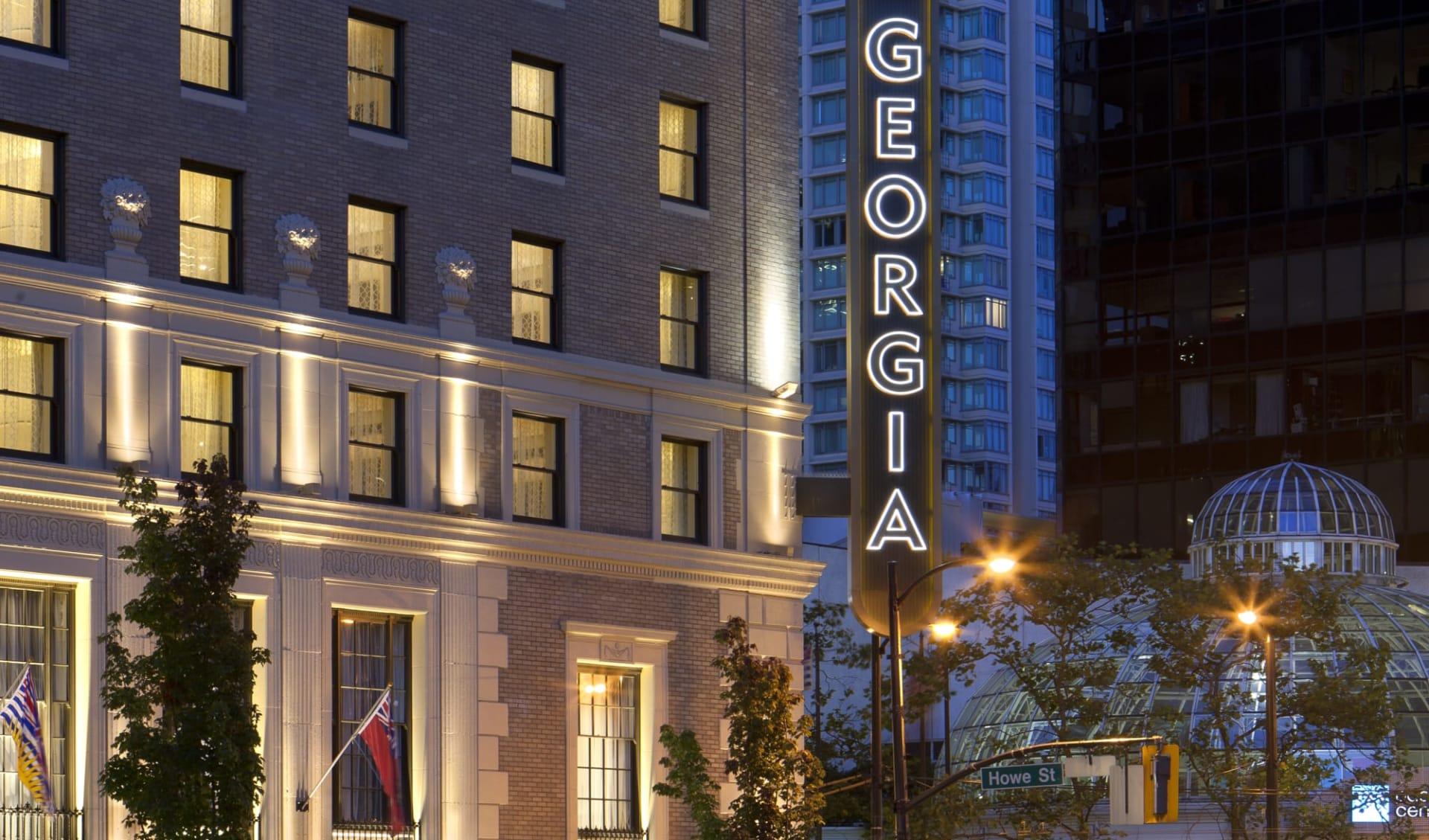 Rosewood Hotel Georgia in Vancouver: exterior_Rosewood Hotel Georgia_EntranceArea