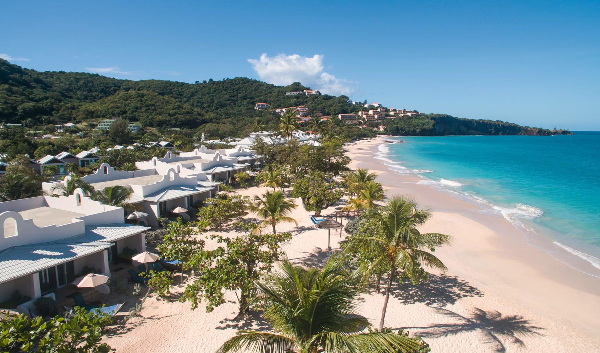 Spice Island Resort in St. George's: Exterior Spice Island Grand Anse Beach - Vogelperspektive c Hotel