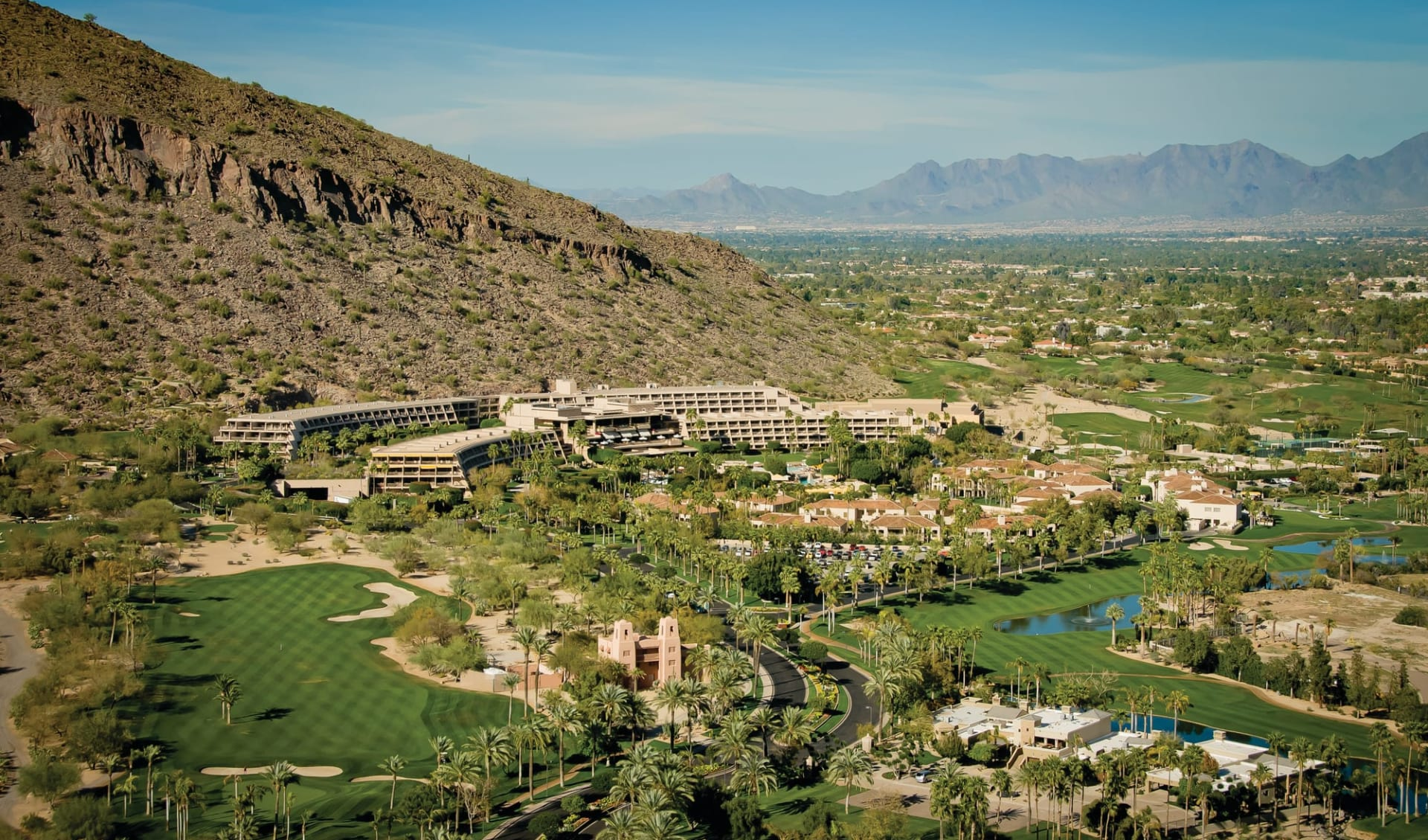 The Phoenician in Scottsdale:  The Phoenician - Blick über gesamte Anlage