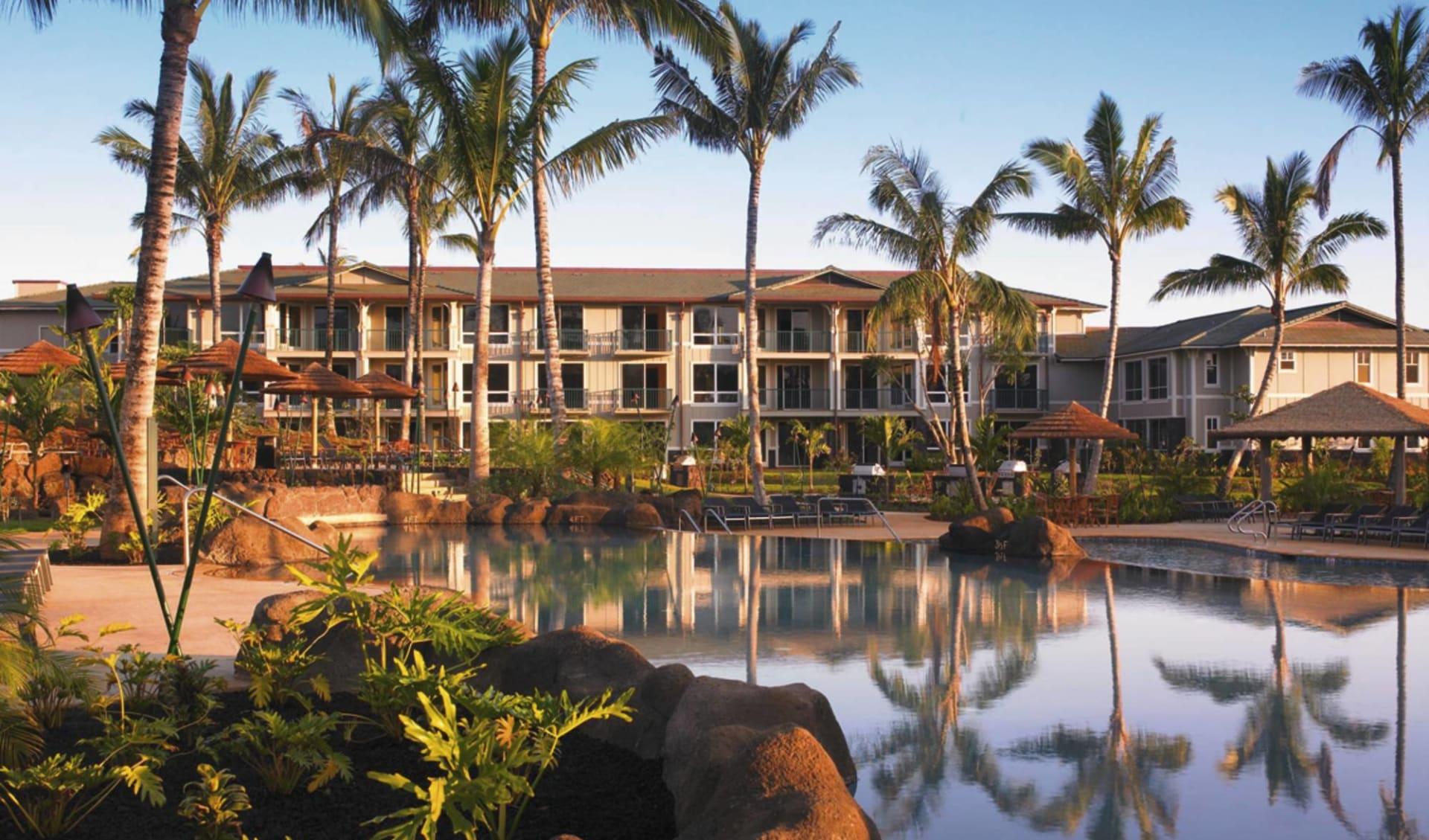 The Westin Princeville Ocean Resort in Princeville - Kauai: exterior the westin princeville ocean resort palmen see