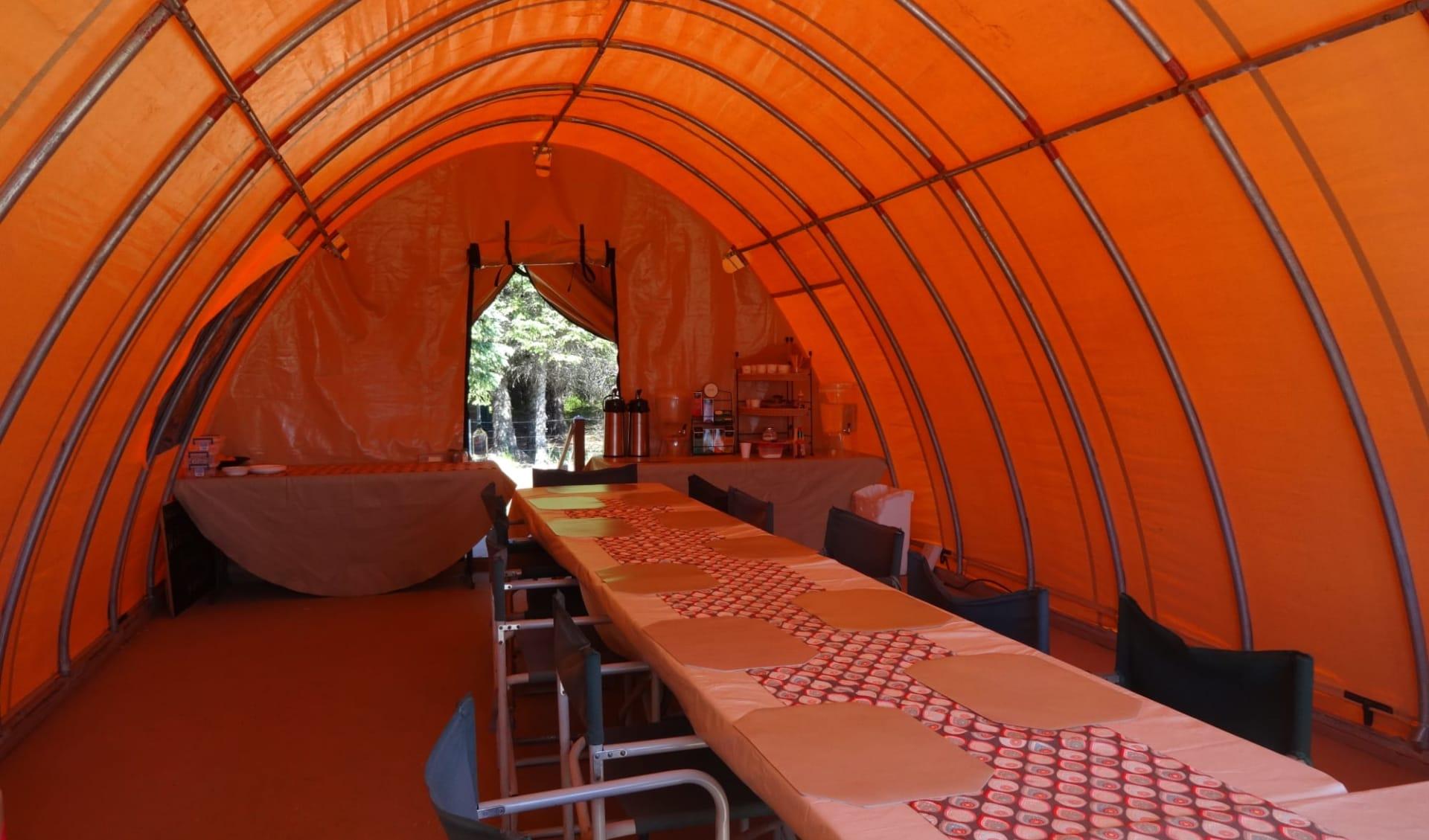 Bärenbeobachtung Great Alaska Bear Camp ab Anchorage: f&b: Great Alaska Bear Camp_Dining Tent