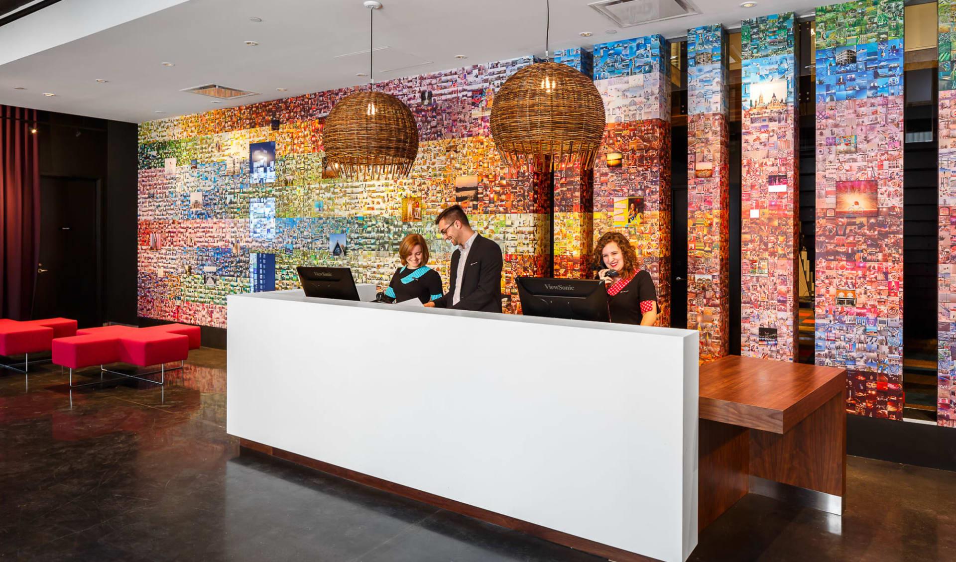 Alt Hotel Ottawa:  ALTHotelOttawa Lobby
