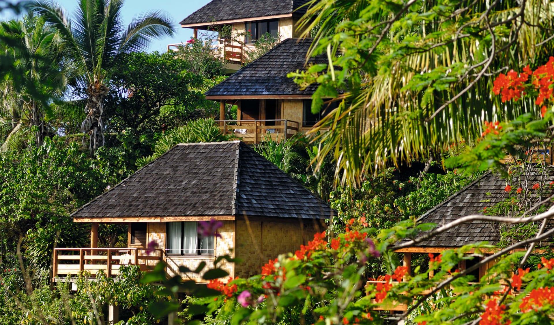 Marquesas Discovery ab Papeete: facilities: Keikahanui Lodge - Garden Bungalow von aussen