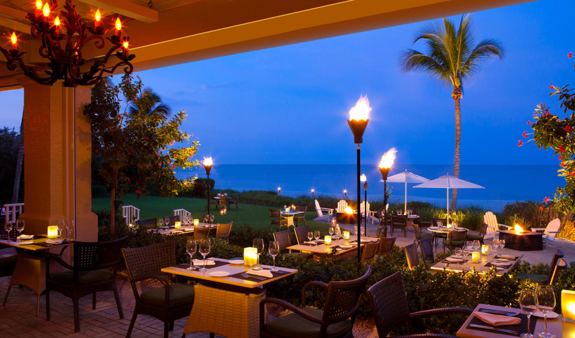La Playa Beach Resort in Naples:  LaPlaya Beach & Golf Resort - Baleen Restaurant