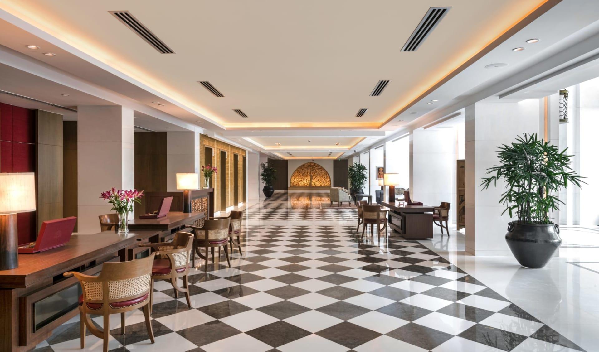 The Oberoi in Delhi: Lobby