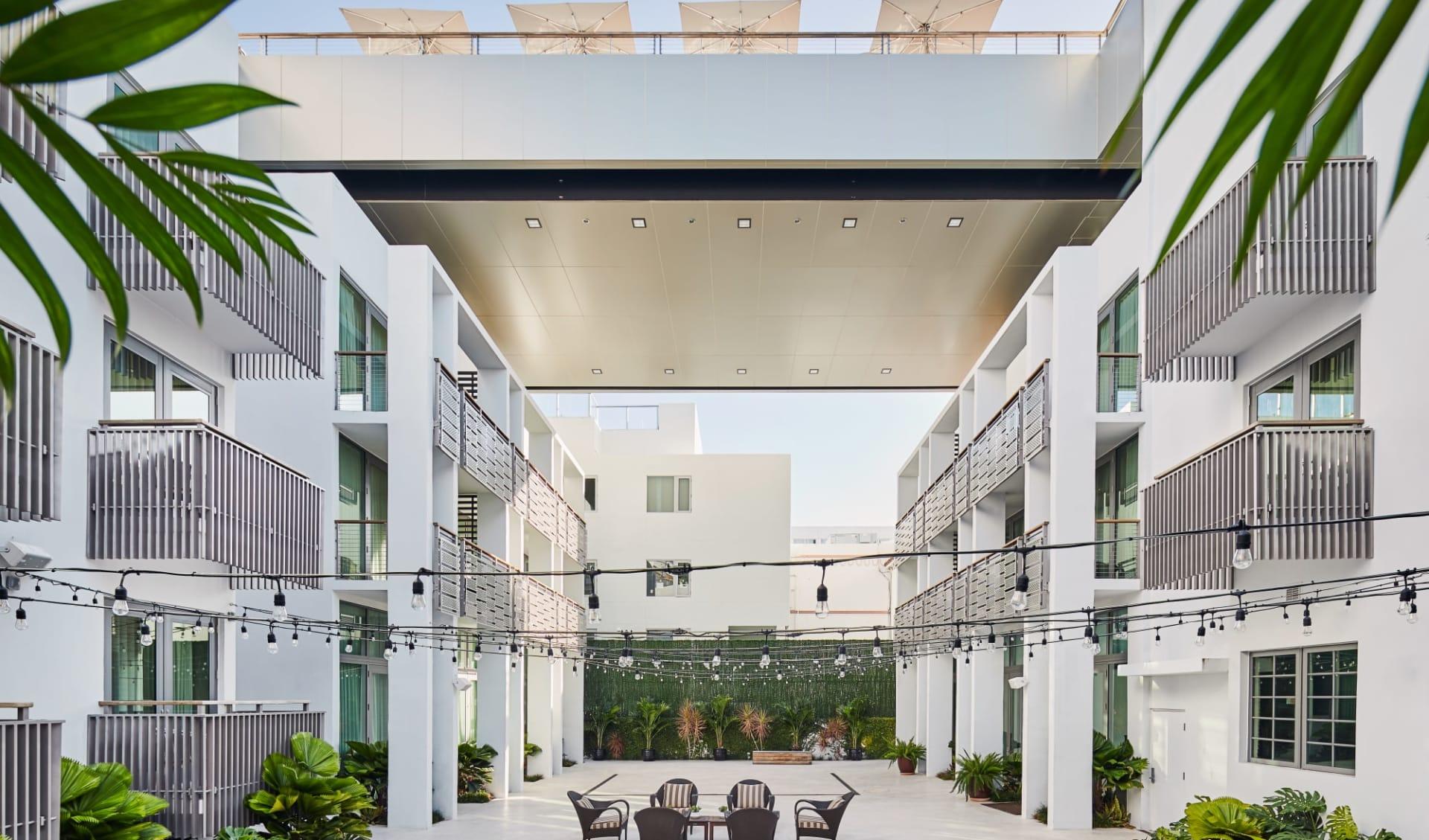 The Betsy South Beach in Miami Beach:  The Betsy - Atrium